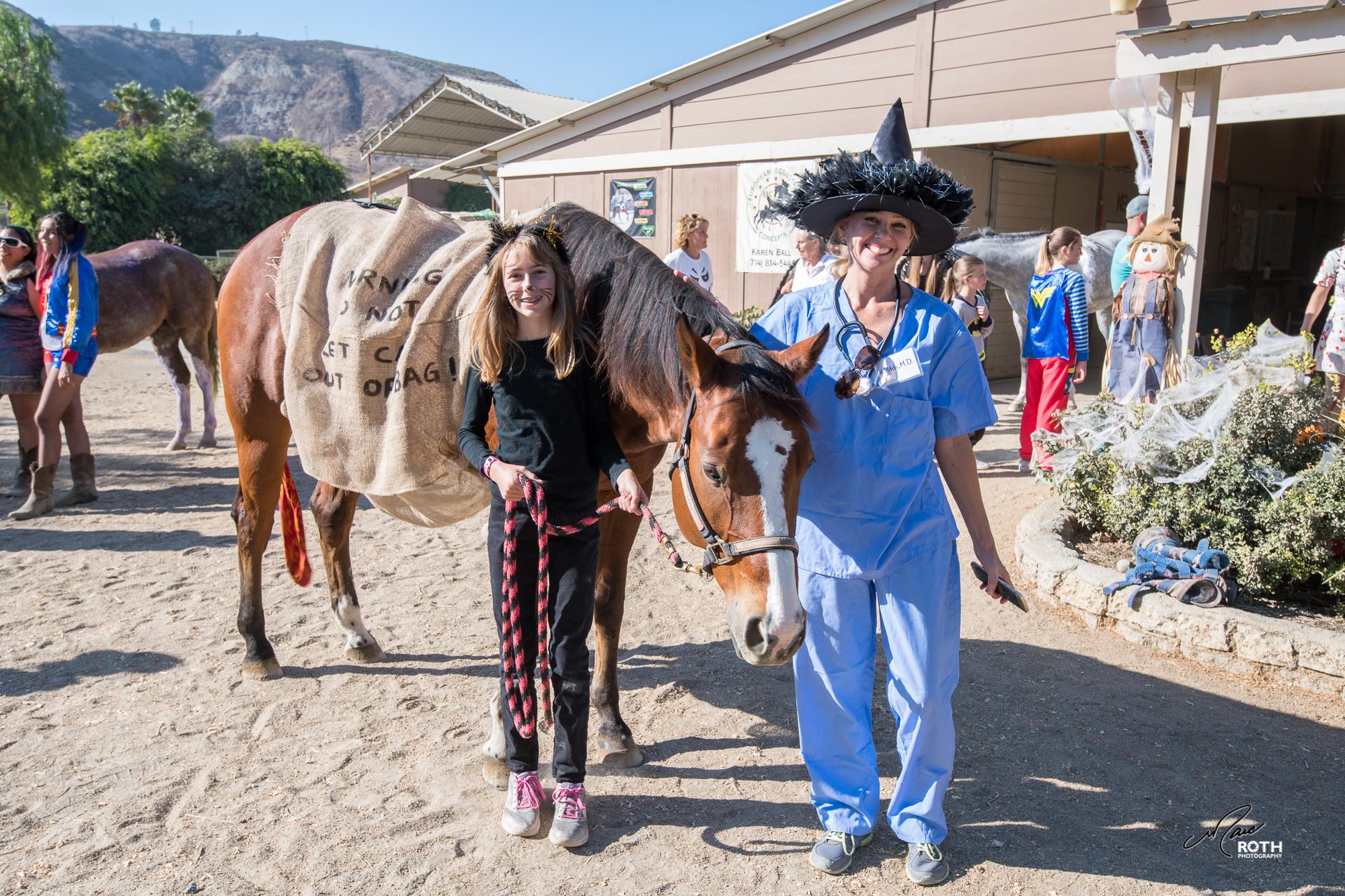 102817_Horsey_Halloween_044.jpg