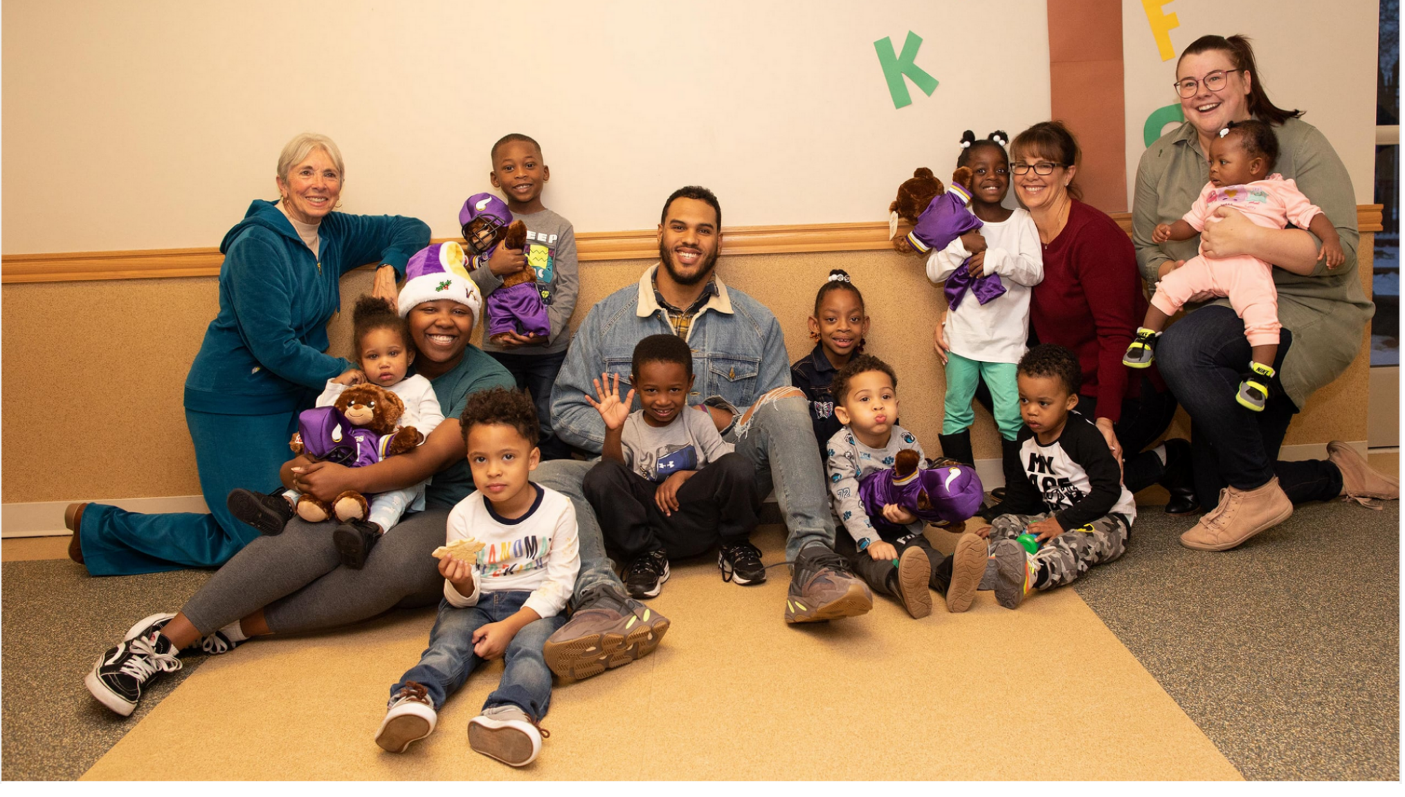Anthony and Raise the Barr held a special holiday celebration for the families at Jeremiah Program in Minneapolis.   Check out photos and read more from the Vikings' coverage →