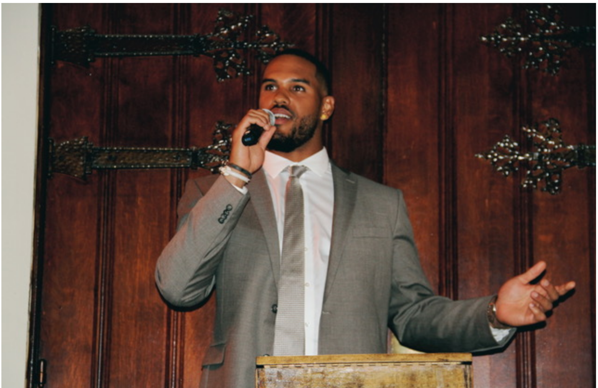 Anthony Barr at Wine Tasting Fundraiser