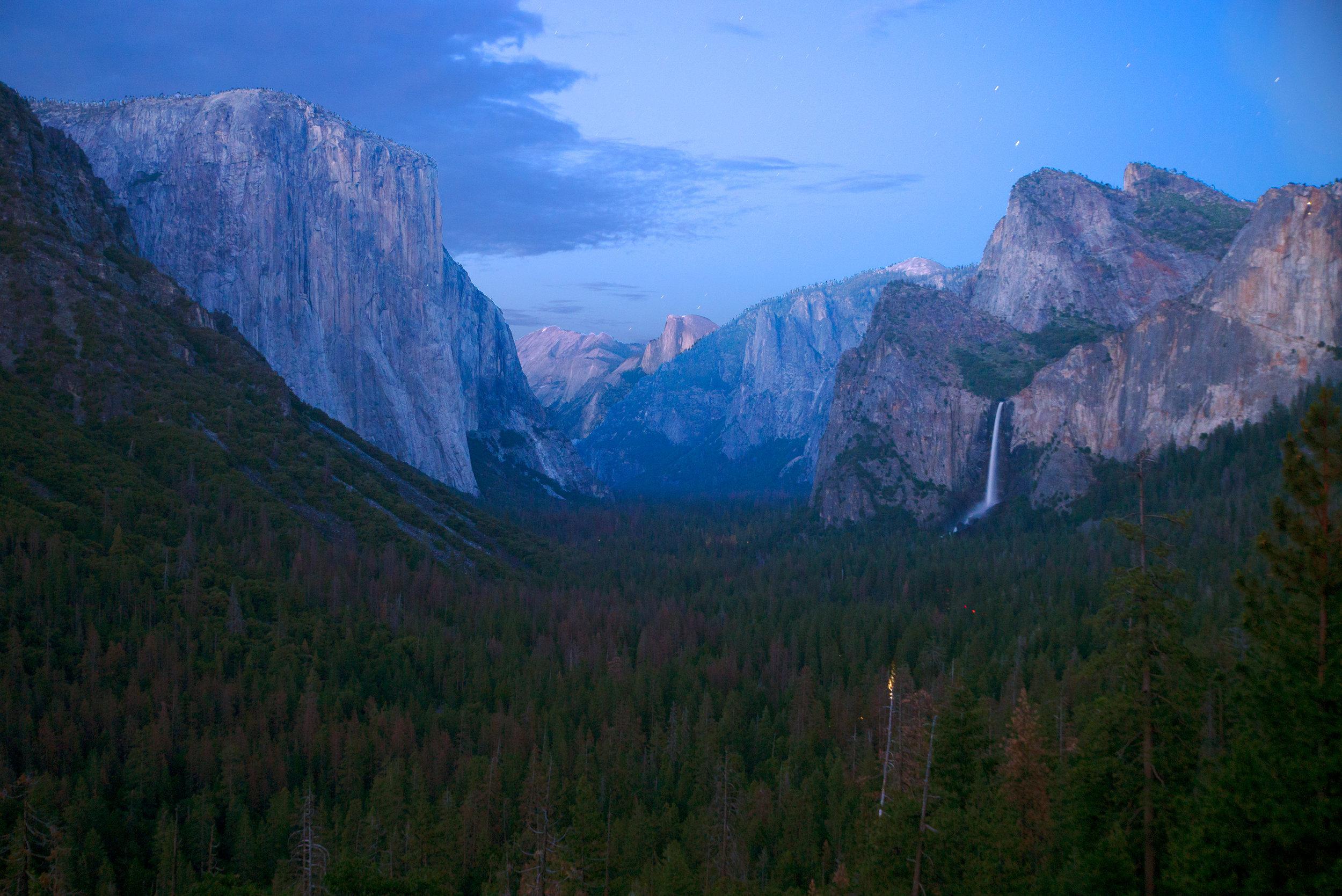 20170621_30_Trip_Tunnel_View_Yosemite_rattlesnake_091.jpg