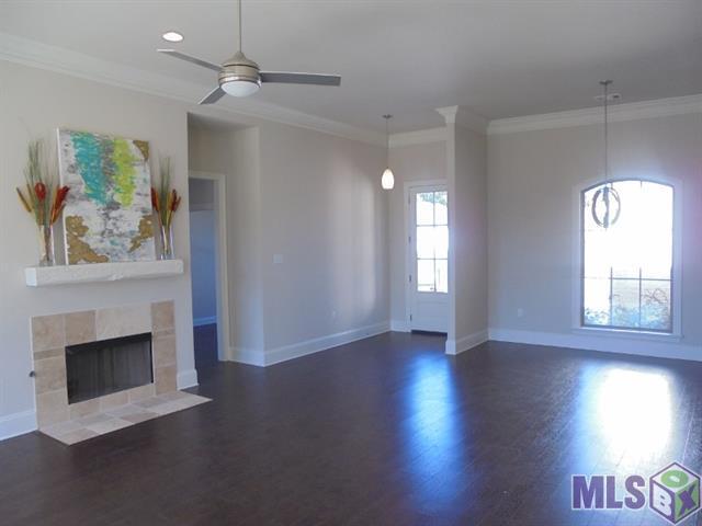 Portula Living Room & Front Entrance .jpg