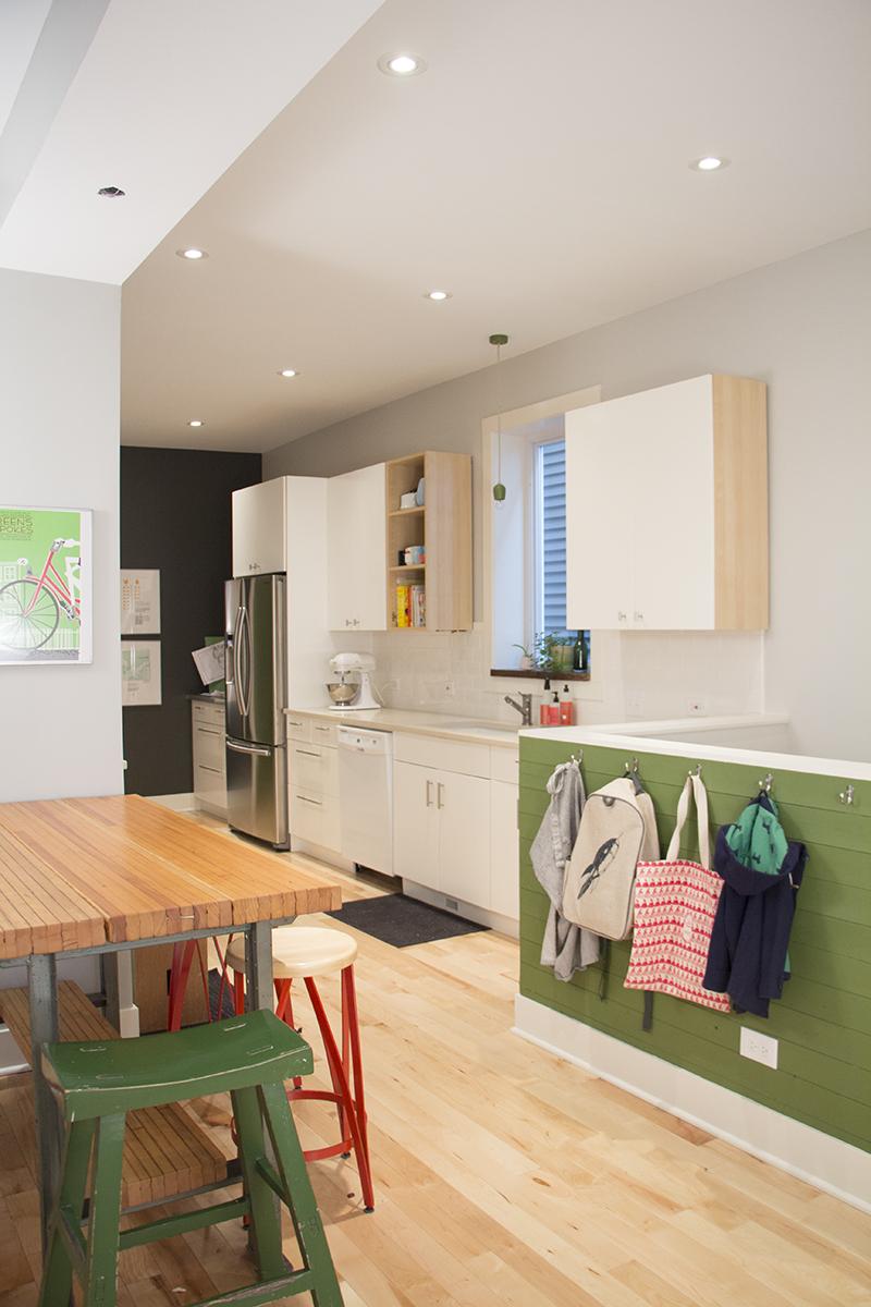 kitchen1-sm.jpg