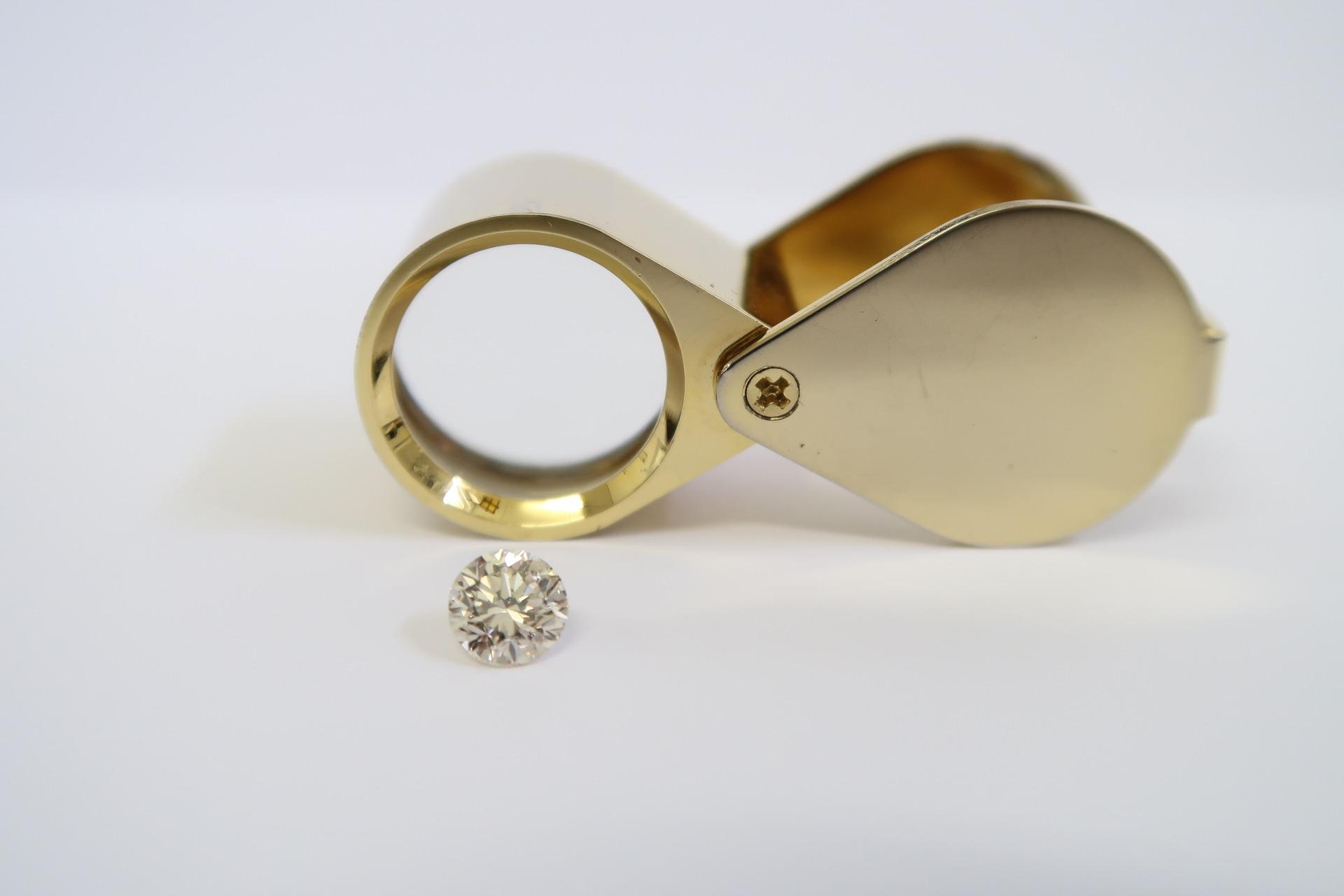 diamond-1922582_1920.jpg