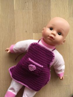 Puppe mit Schürze1.png