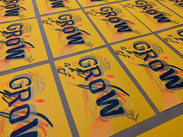Proud to have been part of AIGA Austin's inaugural design conference. 🌱 • • • #growwithaiga #risograph #riso #postcard #gold #arrow #illustration #design #print #printmaking #design #austin