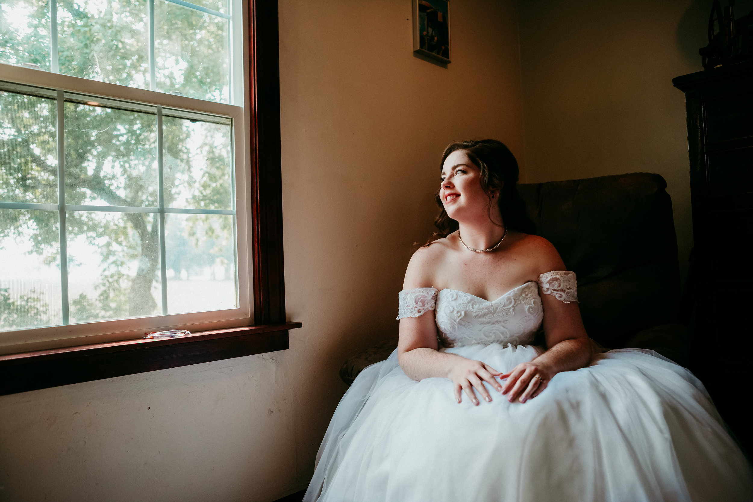 corvallis-oregon-wedding-photographer_Smith-Farms-Prechel-Bride.jpg