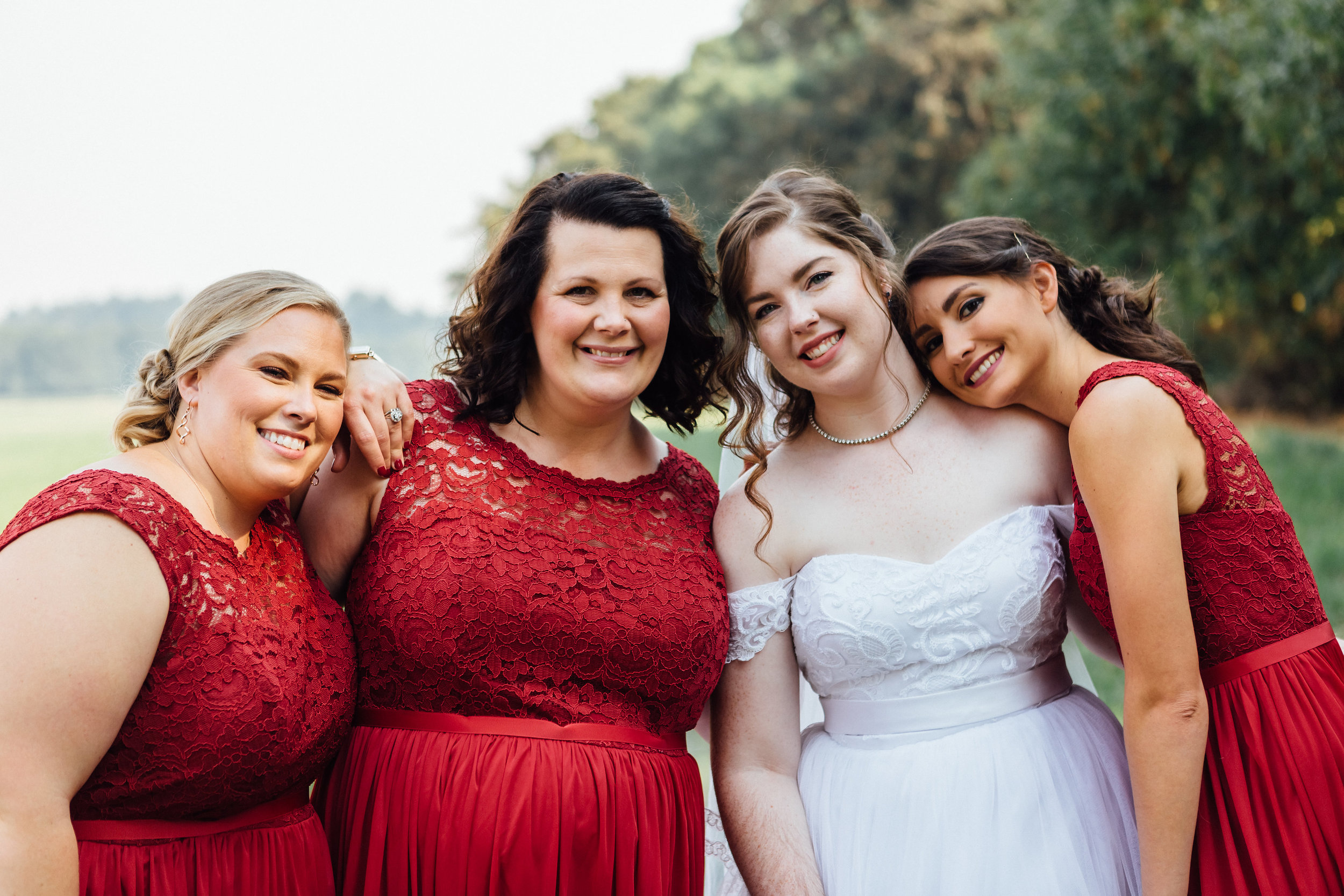 corvallis-oregon-wedding-photographer_Smith-Farms-Prechel-Bridesmaids.jpg