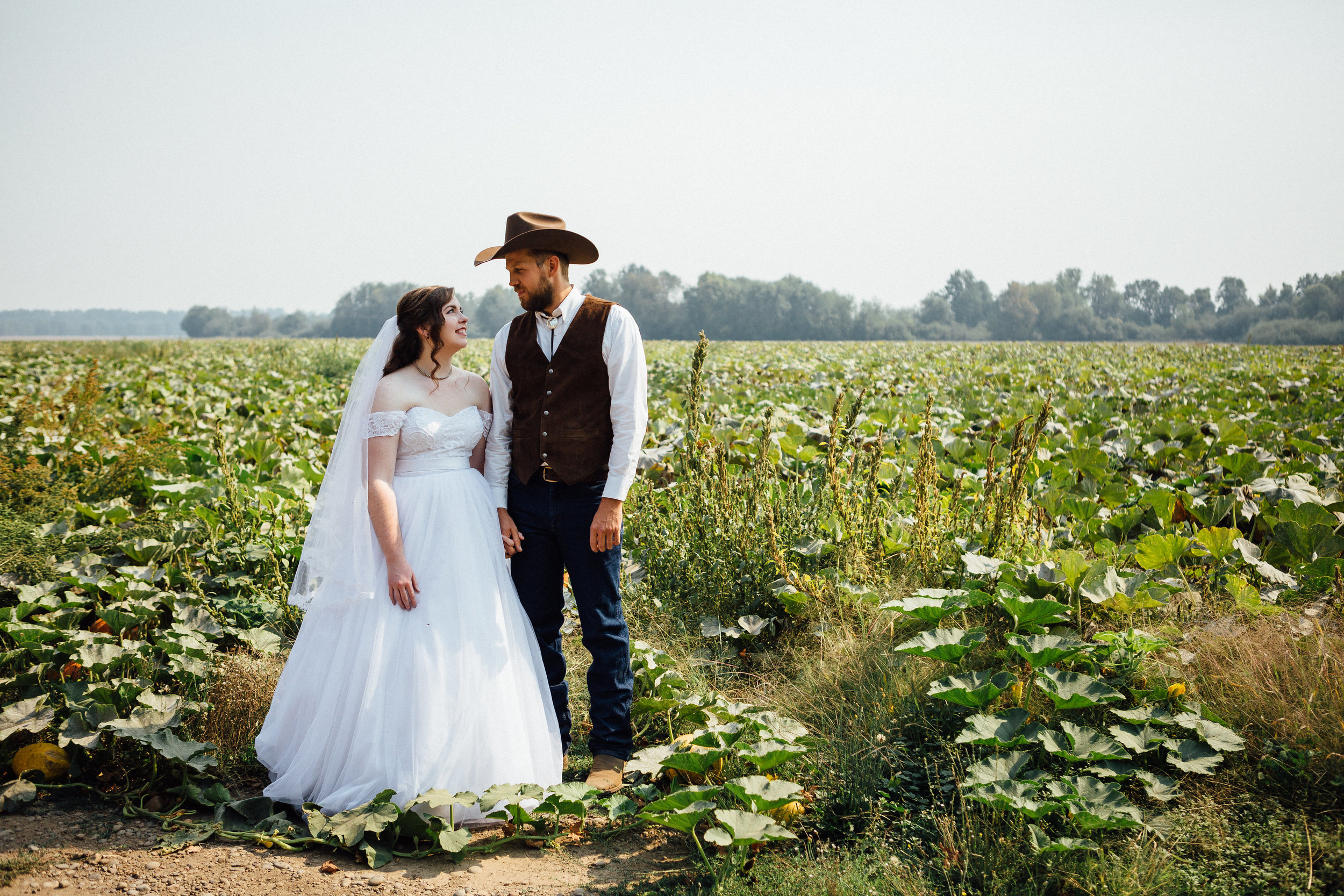 corvallis-oregon-wedding-photographer_Smith-Farms-Prechel-portraits.jpg