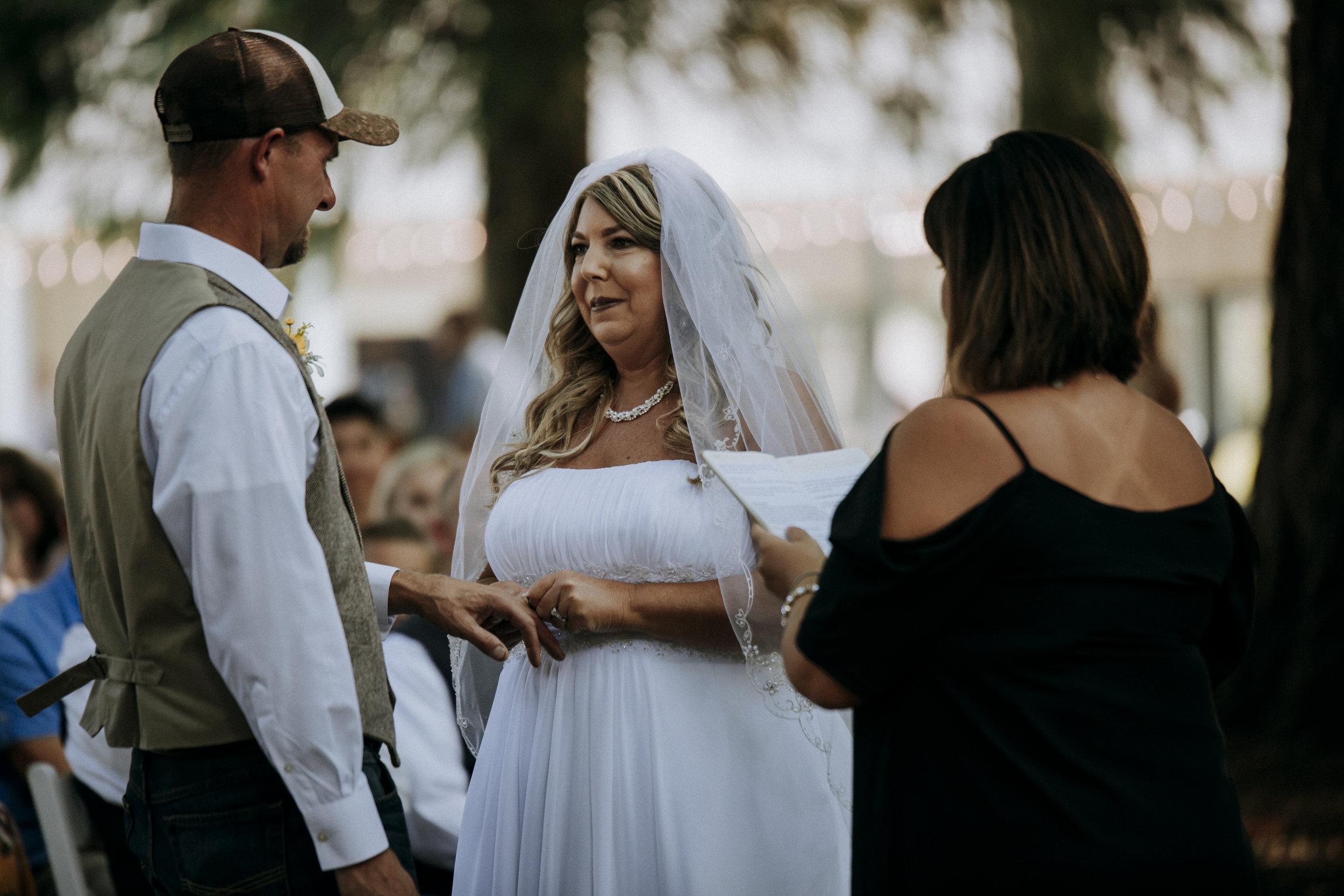 Julie-Rob-Wedding33.jpg