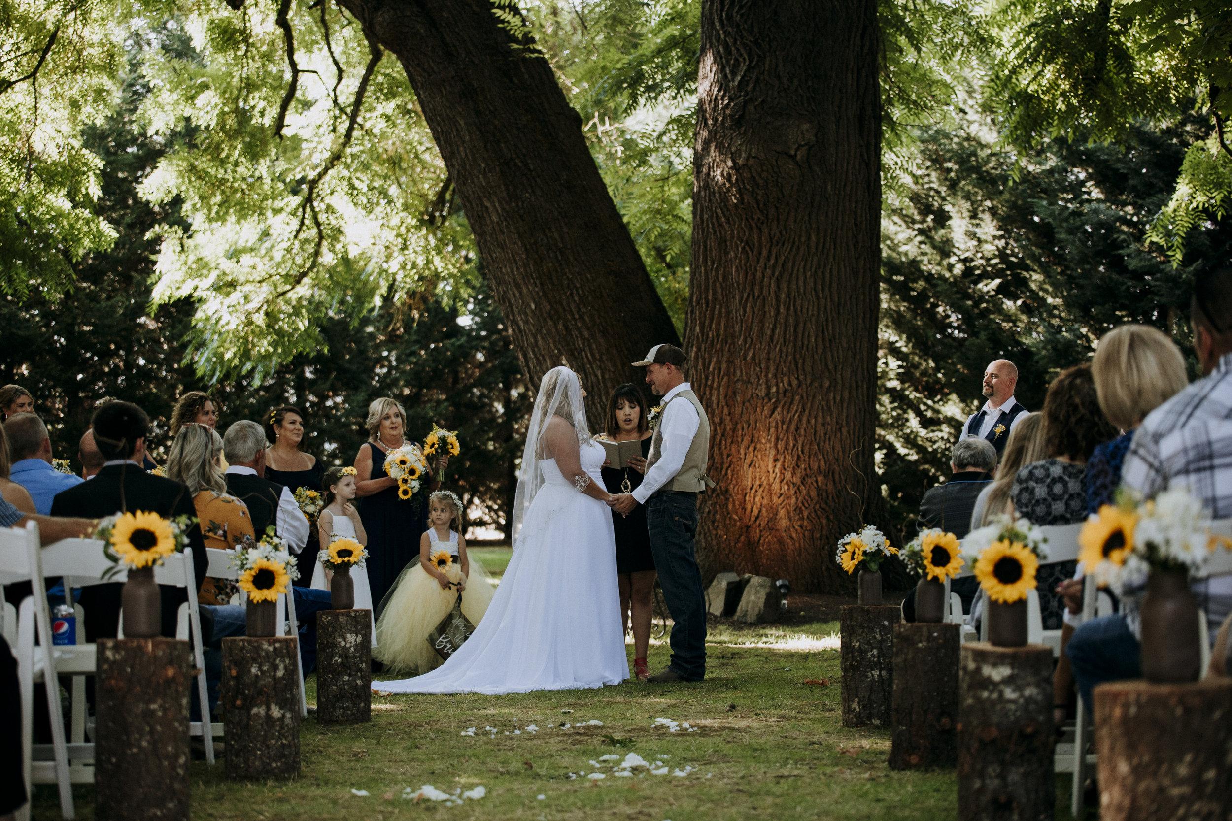 Julie-Rob-Wedding34.jpg