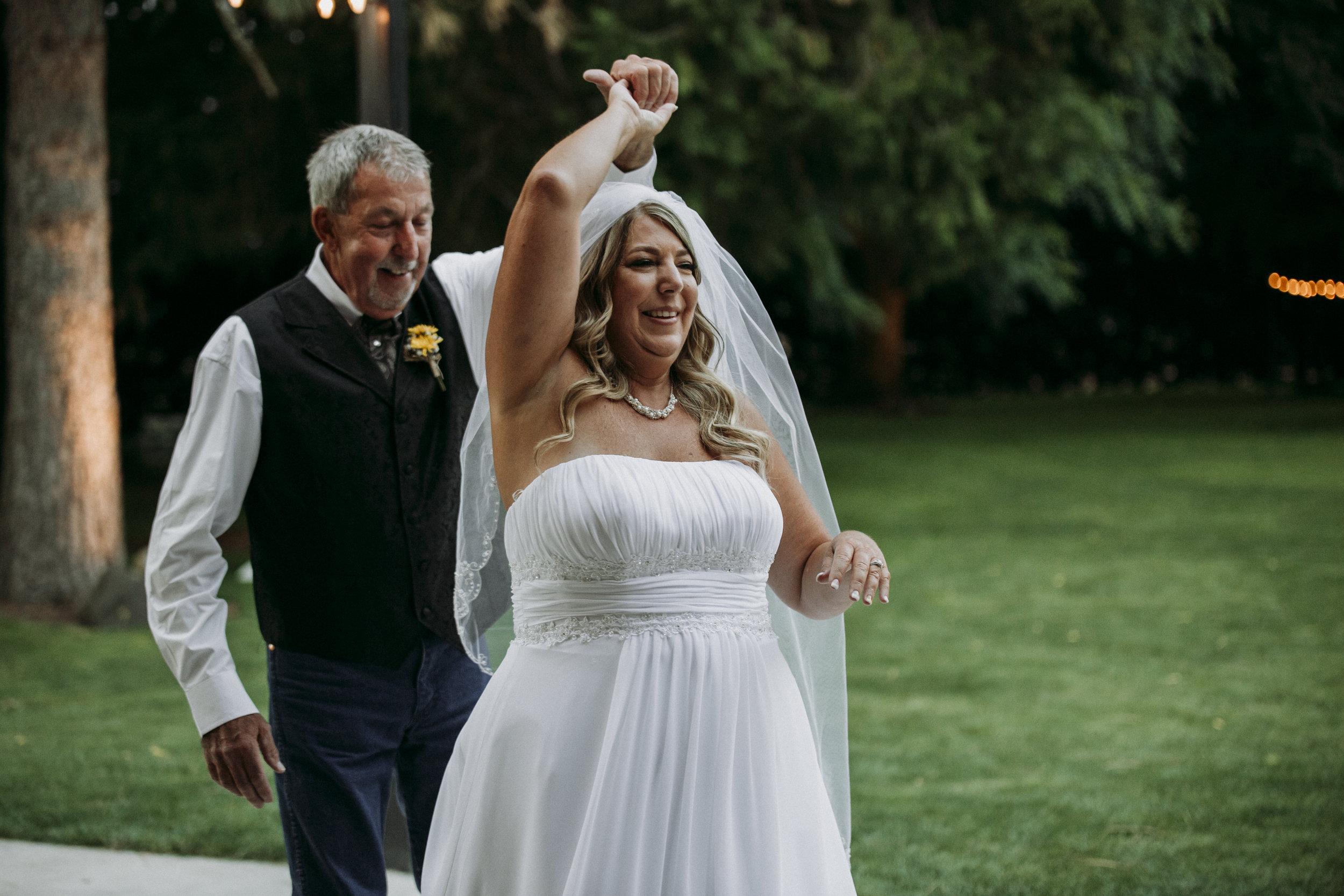 Julie-Rob-Wedding10.jpg