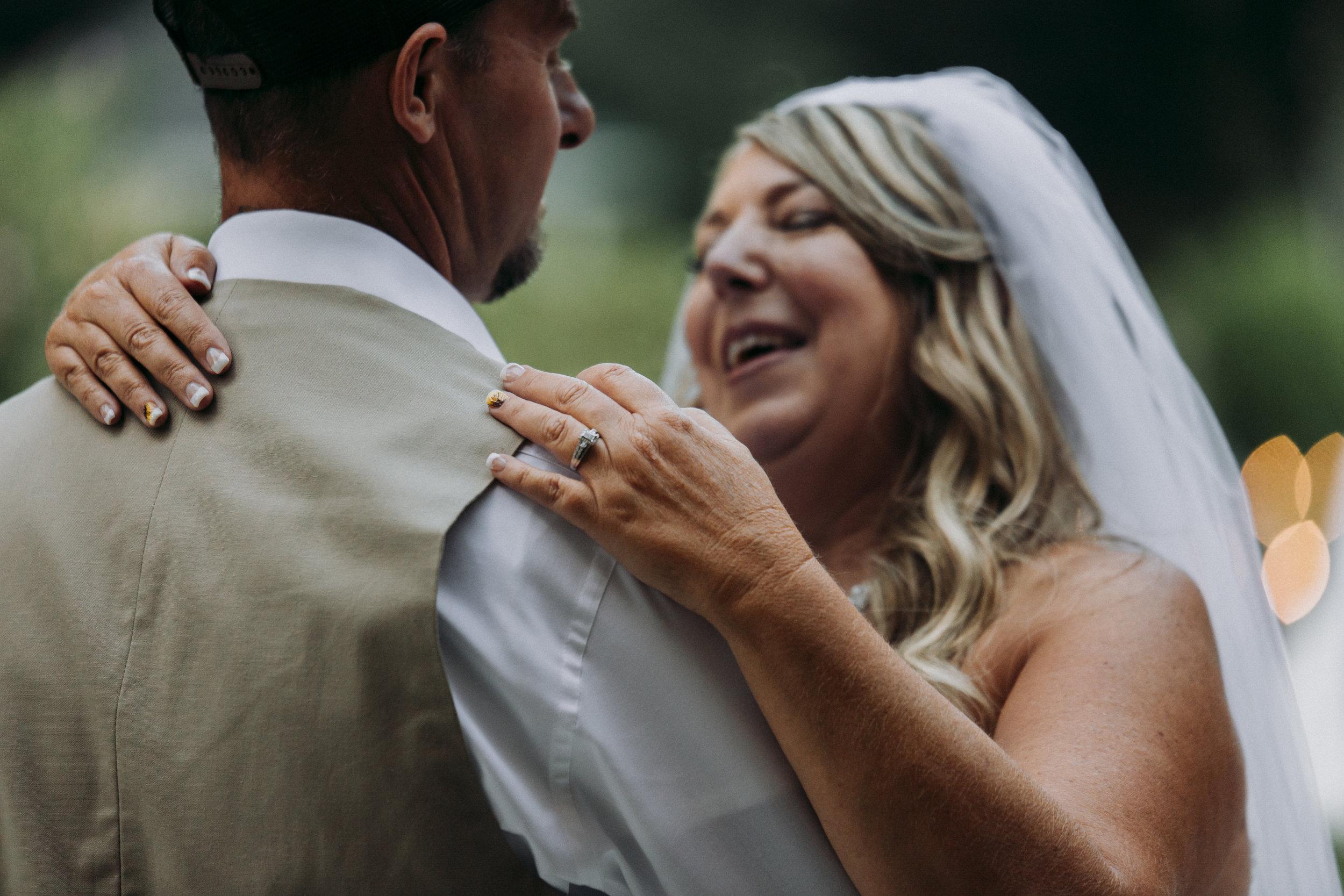 Julie-Rob-Wedding17.jpg