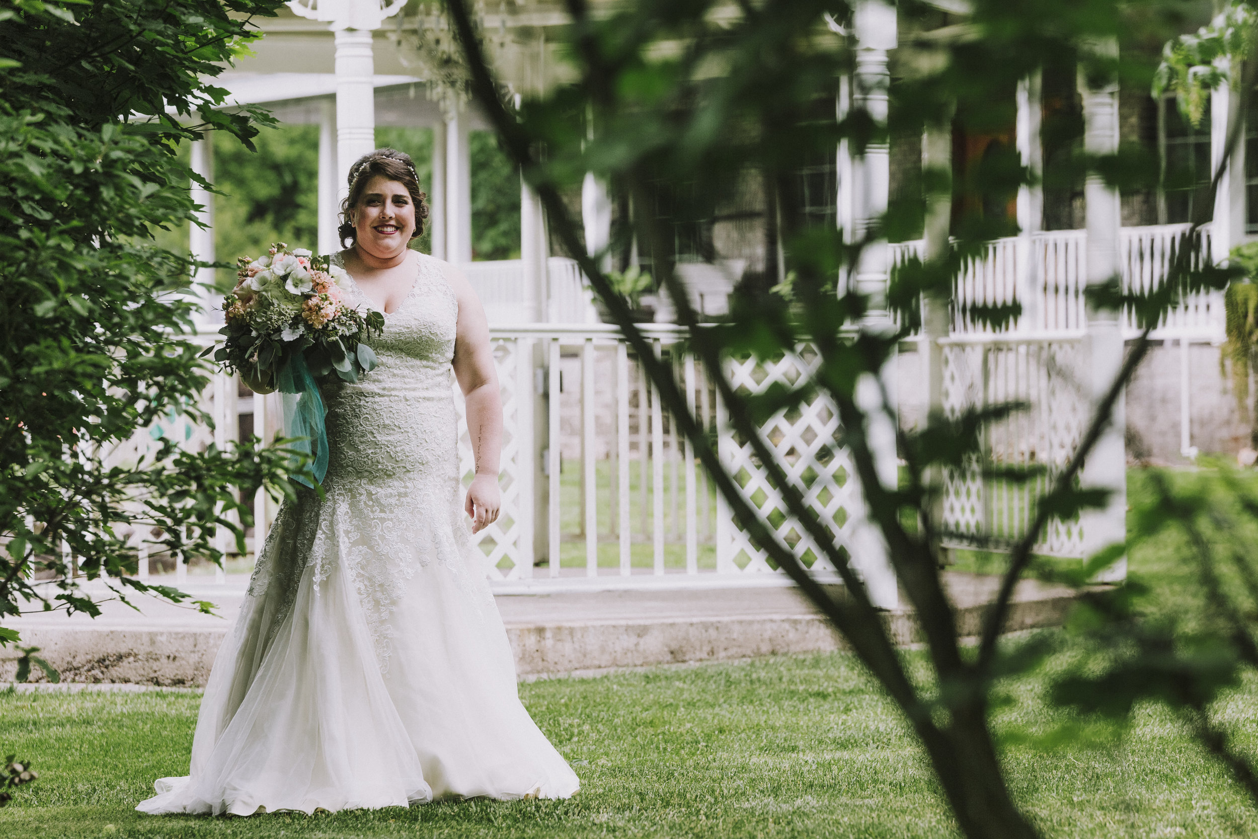 corvallis-oregon-wedding-photographer-Star-Attractions_Minkton.jpg