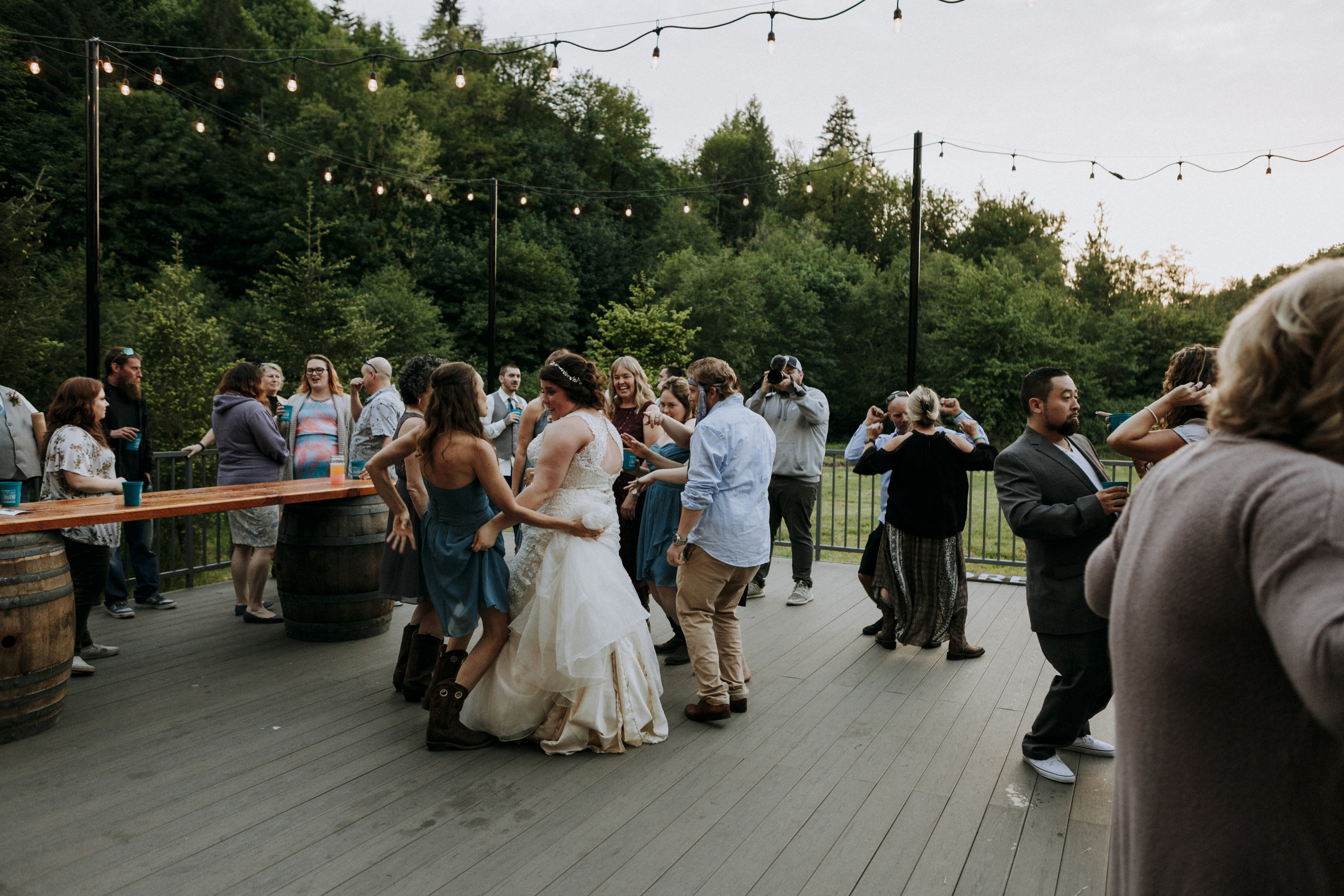 corvallis-oregon-wedding-photographer_Star-Attractions-Minkton.jpg