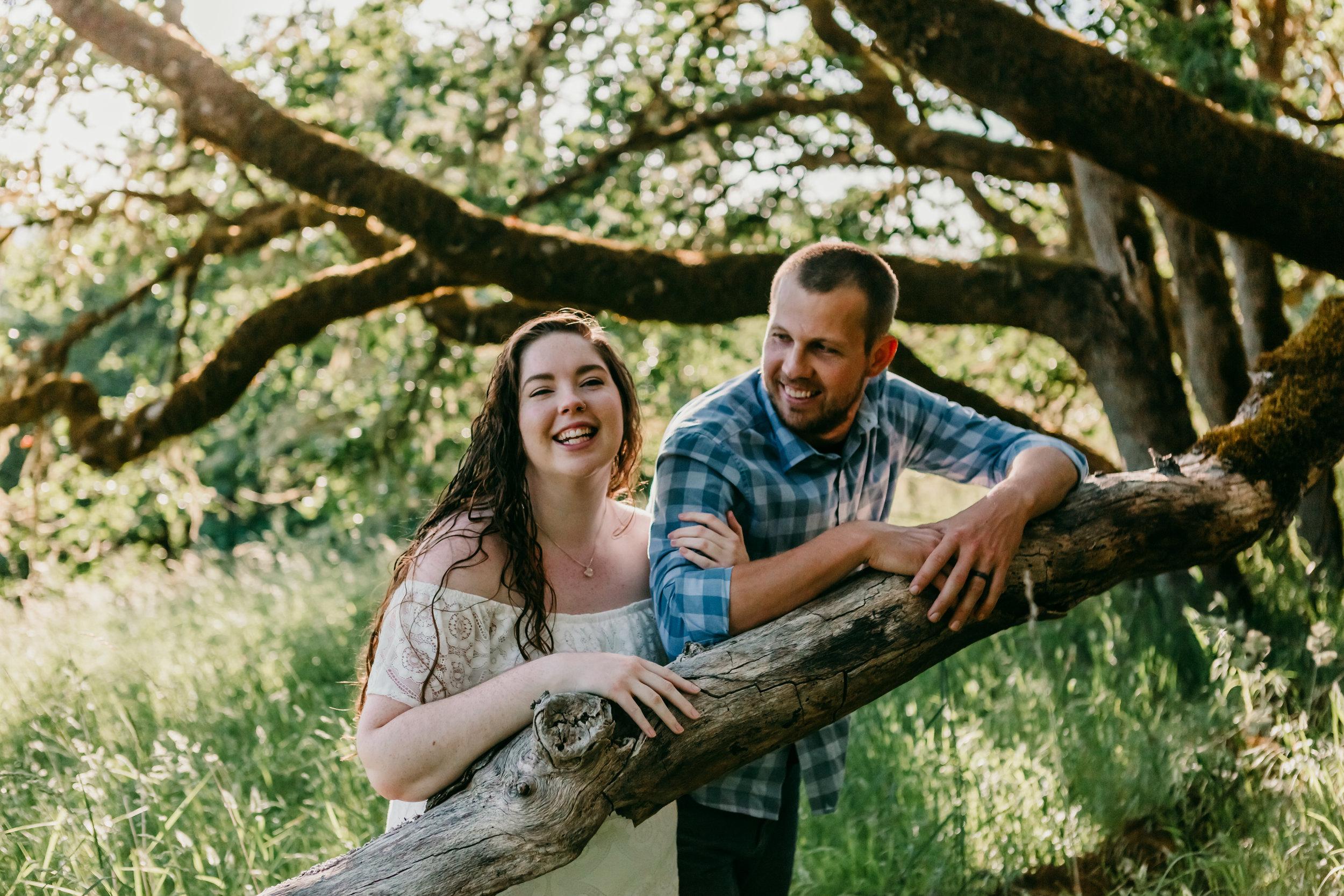 corvallis-oregon-photographer-fitton-green-engagement-photos4.jpg