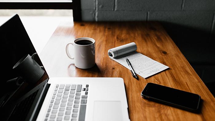 Business-plan-writer-700px.jpg