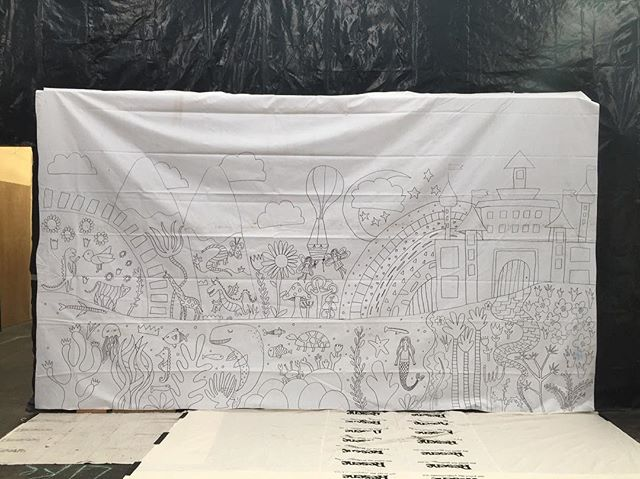 A bare mural but not for long... just setting up at the Disability Arts Festival in Auckland. I can't wait to see this get filled in with colour and magic ✨🌈