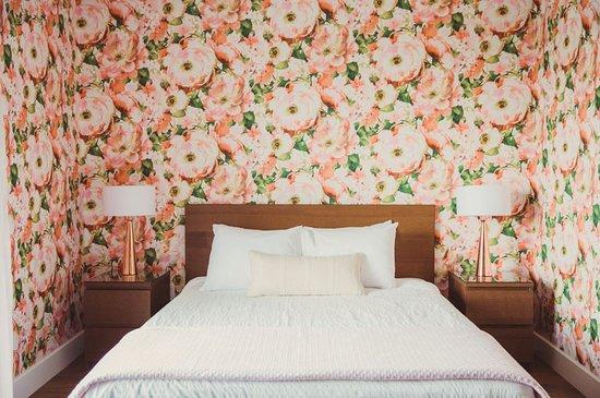 Toronto Business Babe x June Motel Retreat — Business Babes