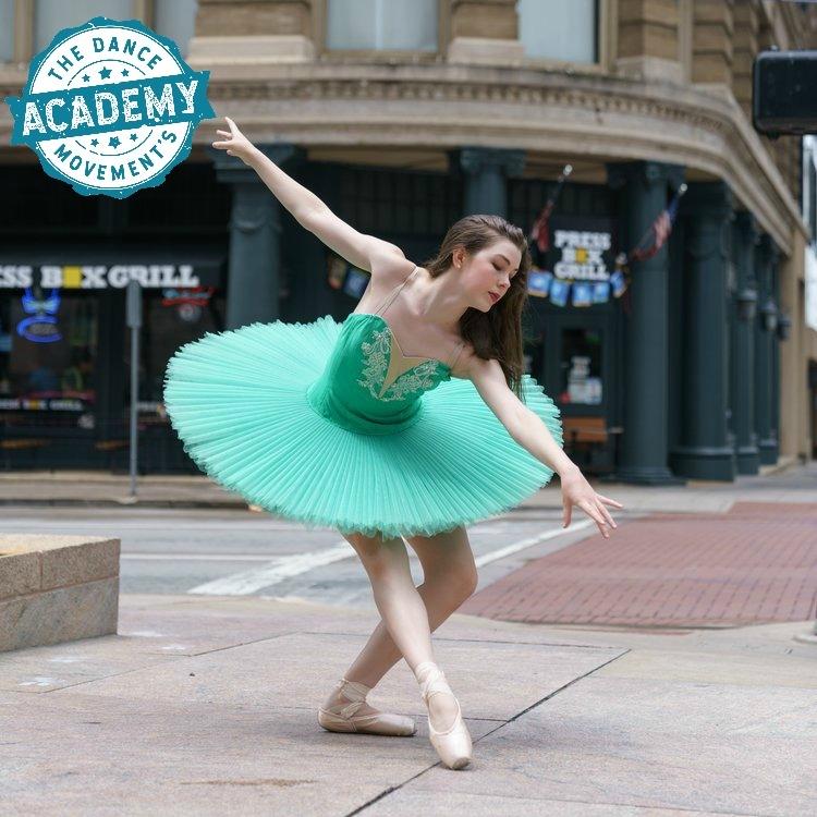 ballet+dancer+extra+(1).jpg