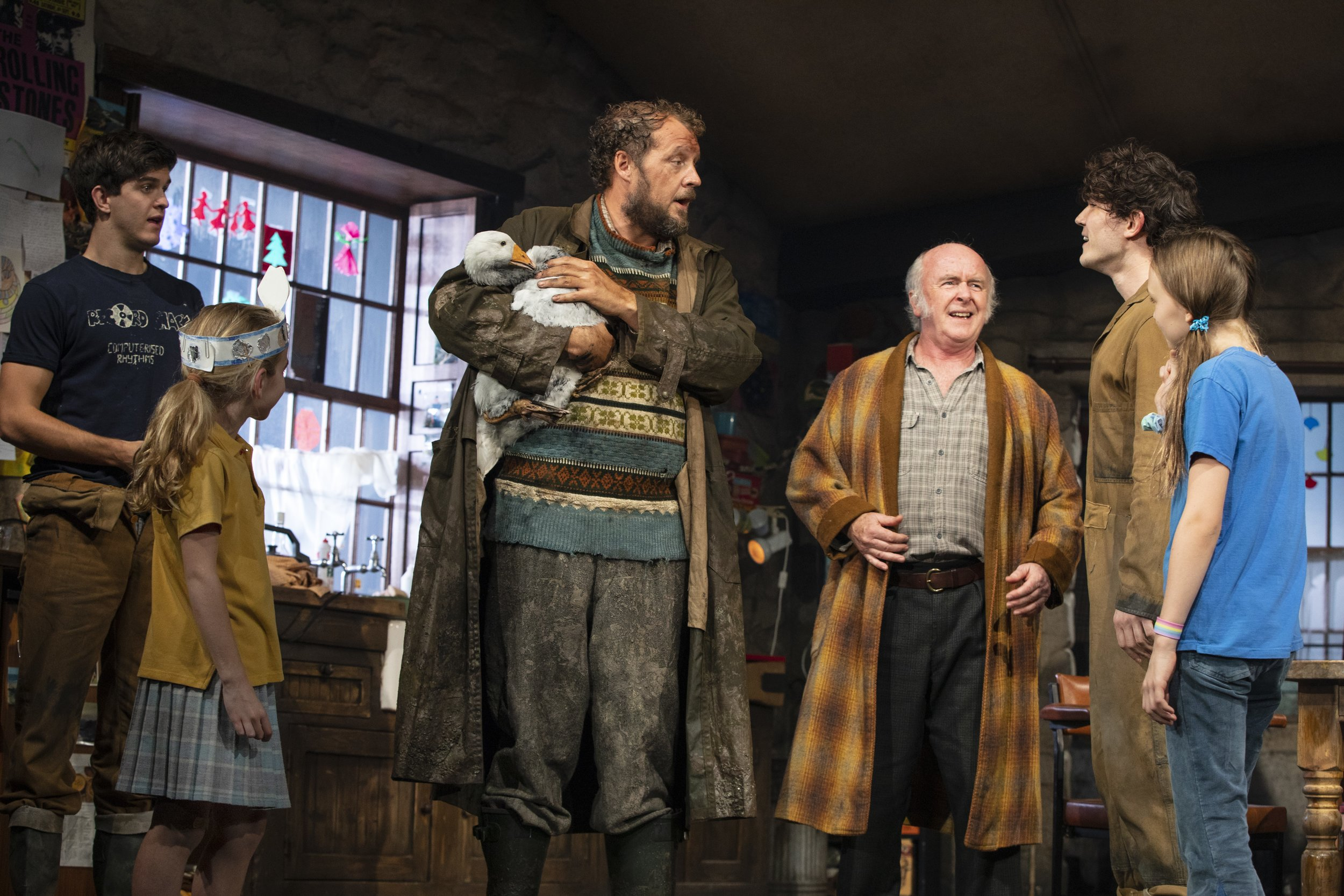 Niall Wright (James Joseph (JJ) Carney), Matilda Lawler (Honor Carney), Justin Edwards (Tom Kettle), Mark Lambert (Uncle Patrick Carney), Fra Fee (Michael Carney), and Willow McCarthy (Mercy Carney). Photo Credit: Joan Marcus.