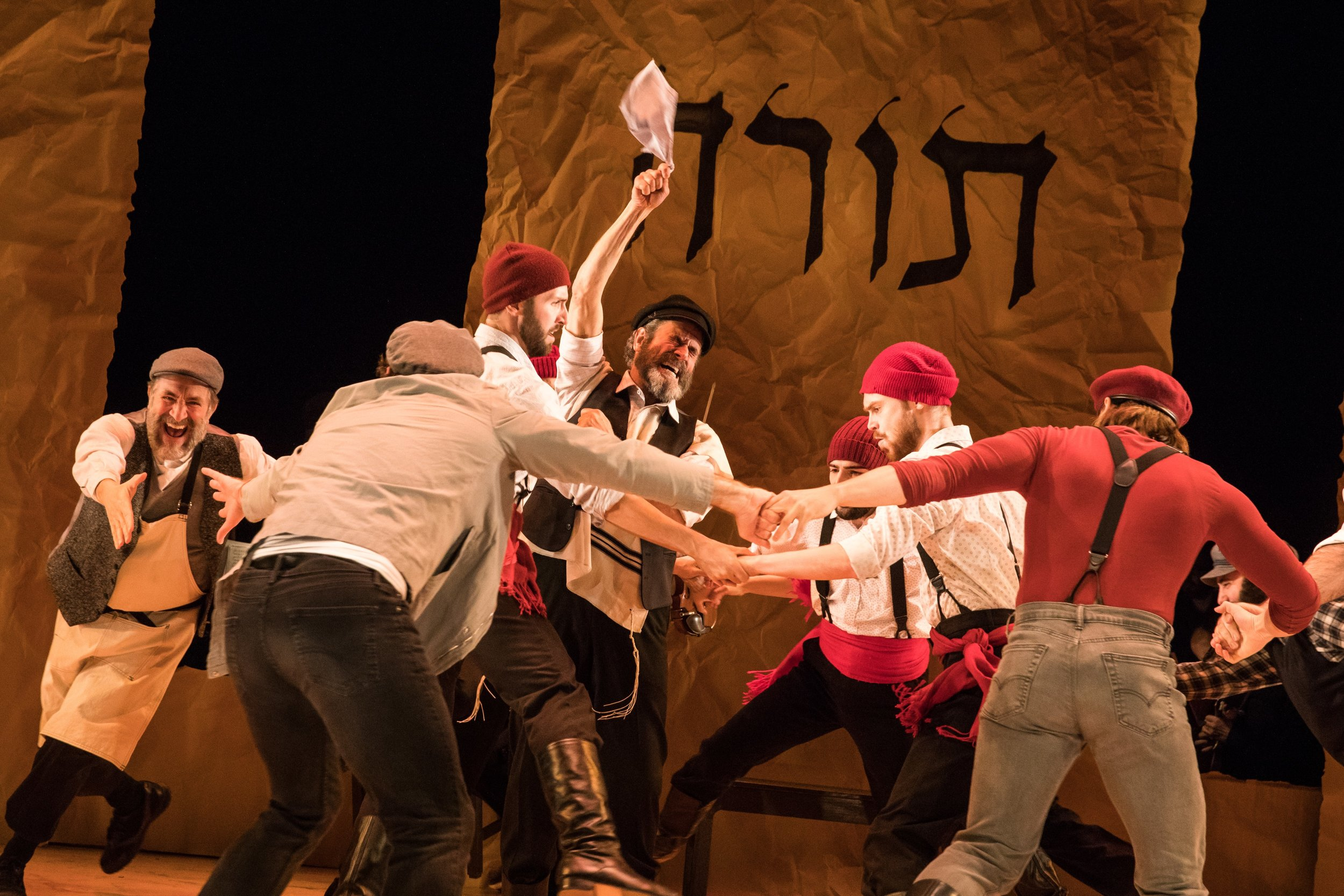 "Steven Skybell and company members of ""Fiddler on the Roof in Yiddish"". Photo Credit: Matthew Murphy"