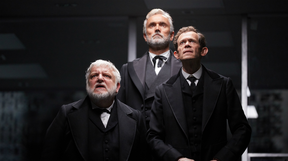 """Adam Godley, Ben Miles, and Simon Russell Beale in """"The Lehman Trilogy"""". Photo Credit: Mark Douet"""