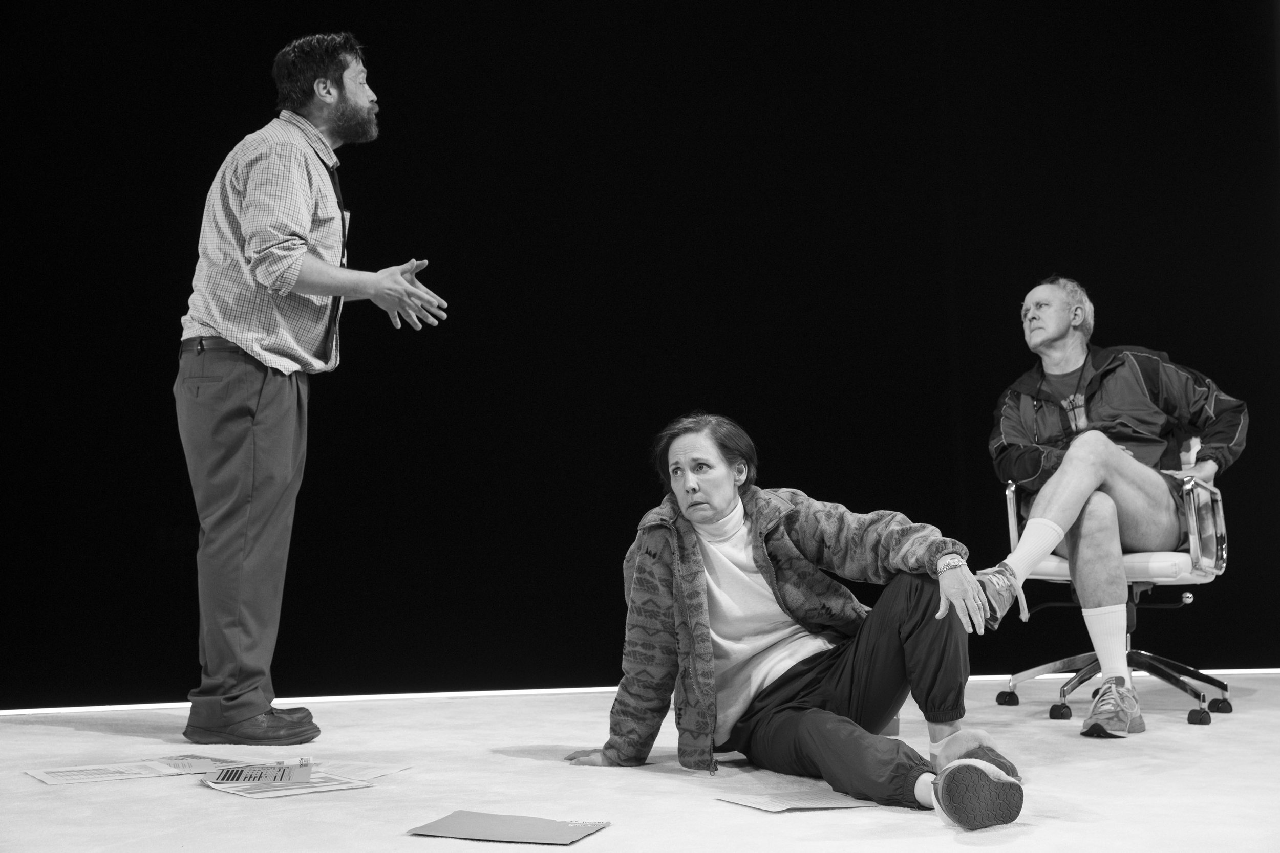Zak Orth, Laurie Metcalf, and John Lithgow. Photo Credit: Julieta Cervantes
