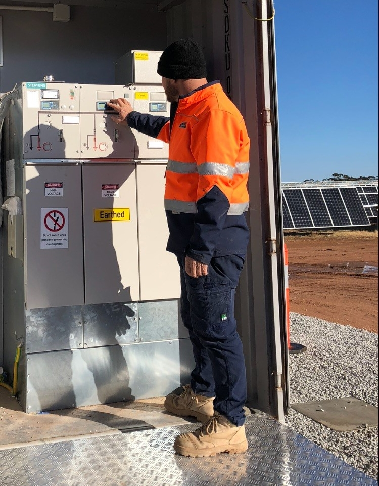 High Voltage Terminating and Switching arentz electrical swan hill electricians.jpg