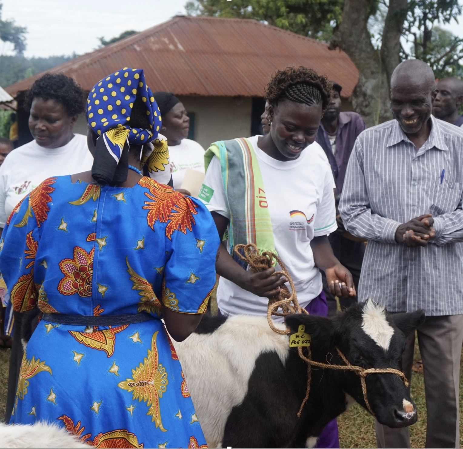 Send a Cow - Send a Cow is a U.K.-based organization that provides agricultural training, education and livestock in several African countries, including Kenya. U.S. Board of Trustees Chair and PC(USA) ruling elder Robyn Davis Sekula of New Albany, Indiana, traveled with Send a Cow to Kenya in 2017 and is introducing the organization to Presbyterians and other churches. The organization works intensely with local self-help groups, offering training and education that aims to build sustainable livelihoods for Kenyan families. Send a Cow is in the midst of a three-year project in the Kakrao region in Western Kenya, working particularly with women who are HIV positive to help them create a food supply to feed themselves and their children. Through their work, the Send a Cow staff help women build confidence and fight gender inequality. You can read the story here that Robyn has written for Louisville-area magazine Extol, and you can email her at robynds@live.com.
