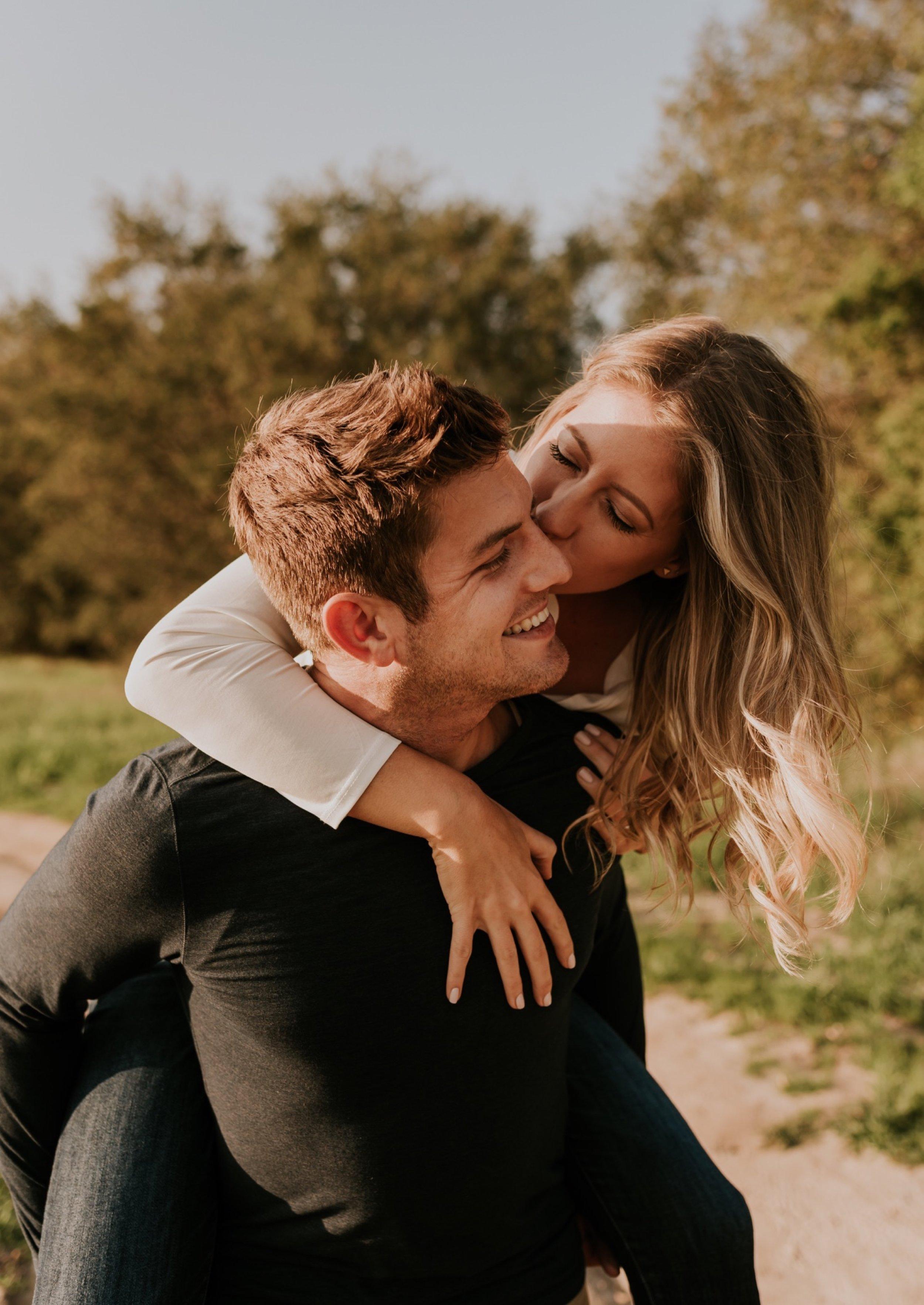 25-vuotias mies dating 33 vuotta vanha nainen