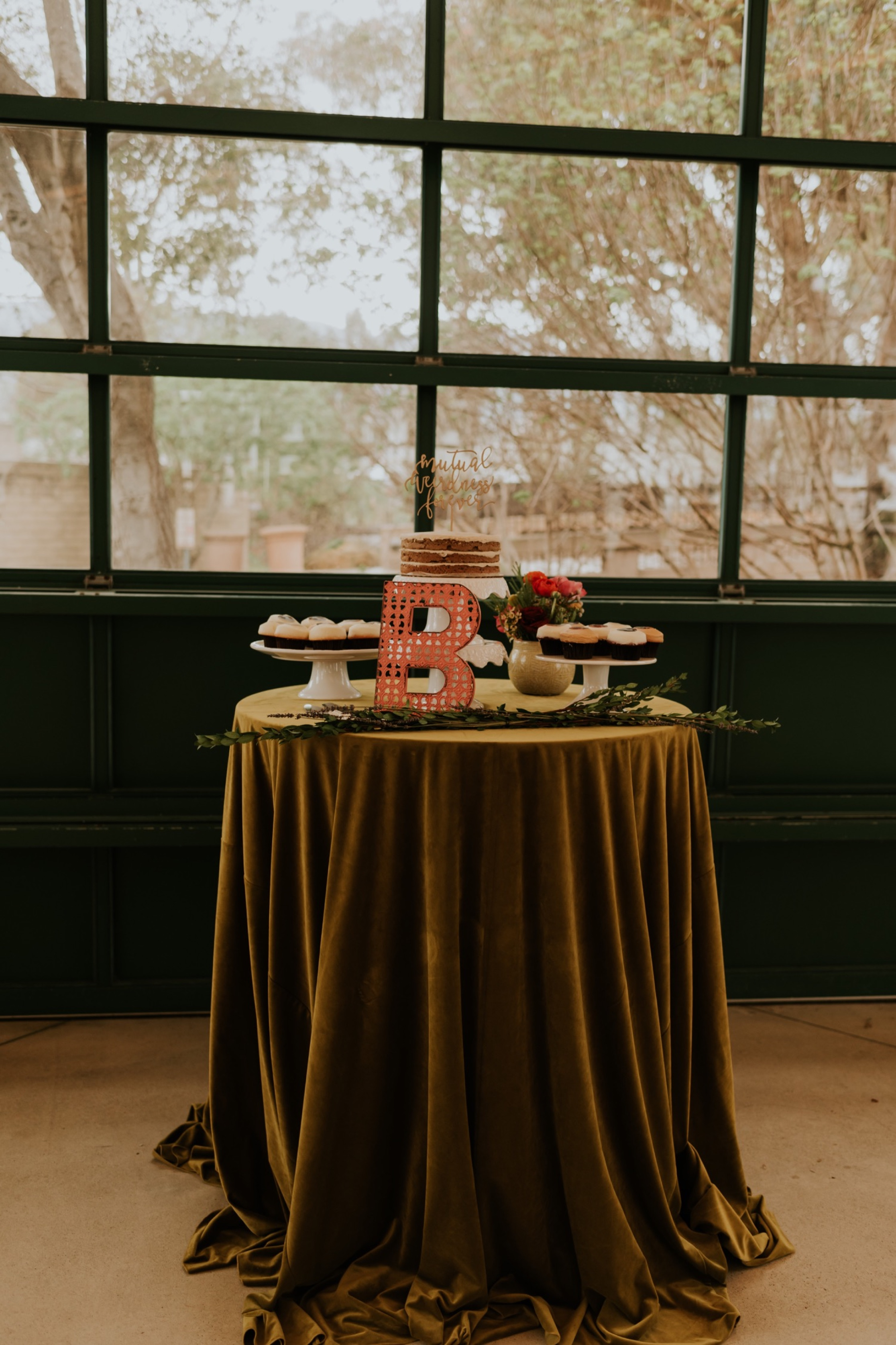 Santa Barbara Wedding at the Carousel House | Reception Details | Wedding Cake Table | Carrie Rogers Photography