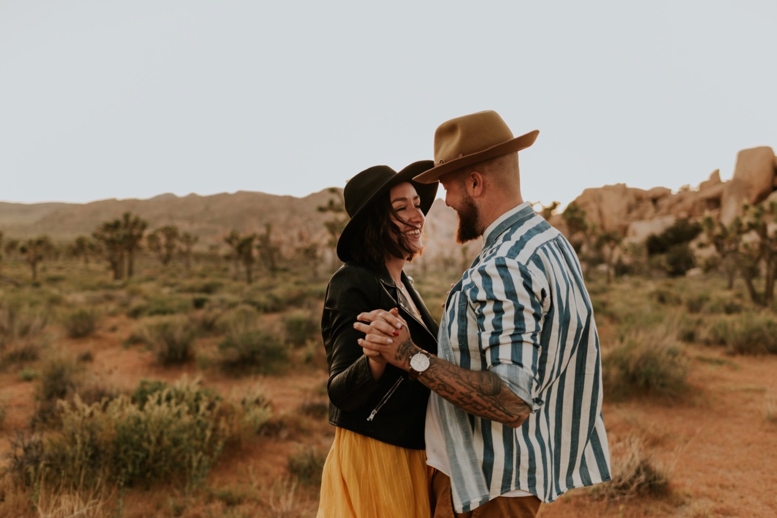 Couples Photoshoot in Joshua Tree National Park   Carrie Rogers Photography   Joshua Tree Engagement Session   Trendy Outfit Ideas for Engagement Photos   Joshua Tree Wedding Photographer