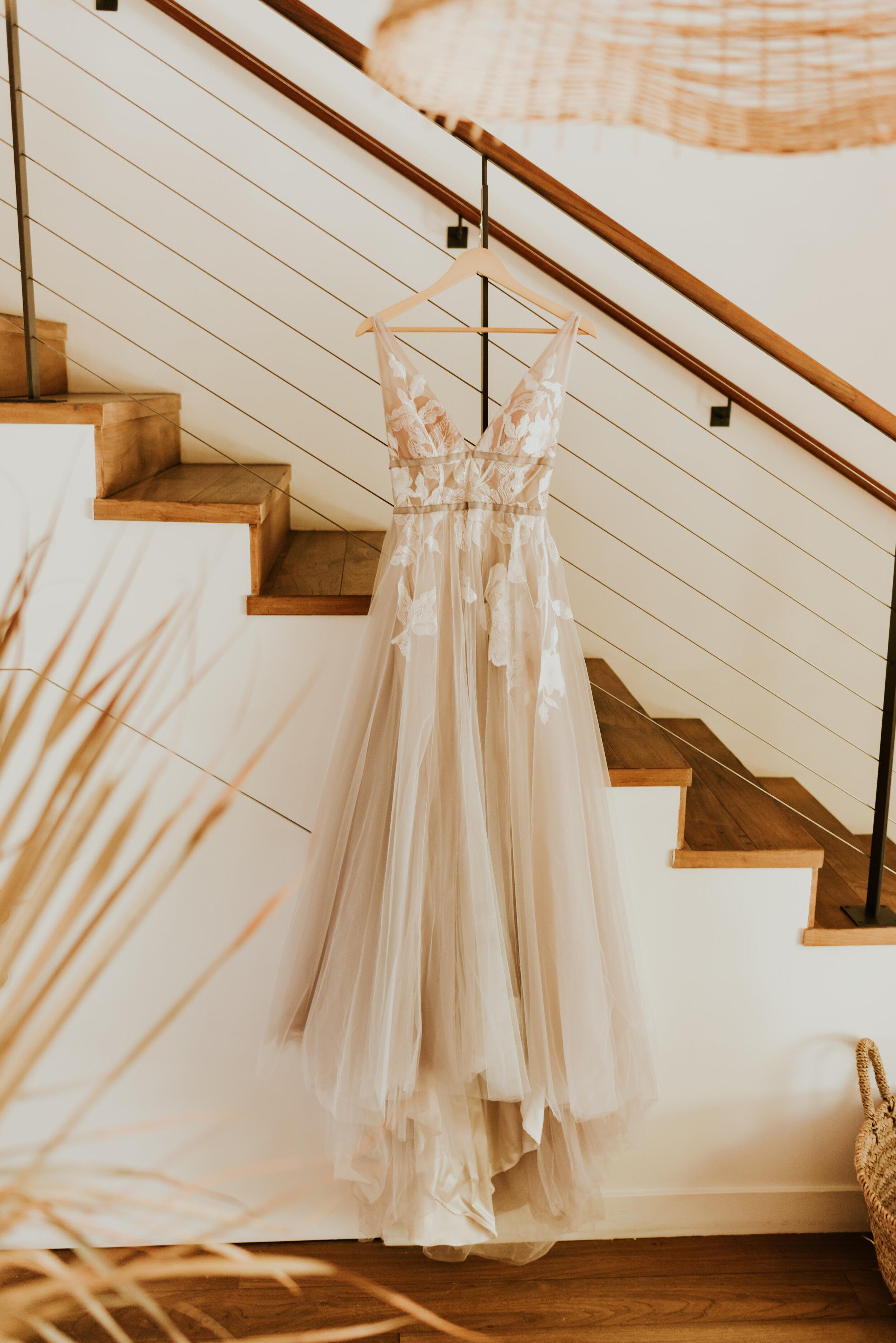 Surfrider Hotel Wedding Getting Ready Photos   Adamson House Wedding   Malibu Wedding Photographer   Seaside California Wedding Venue   Summer Wedding