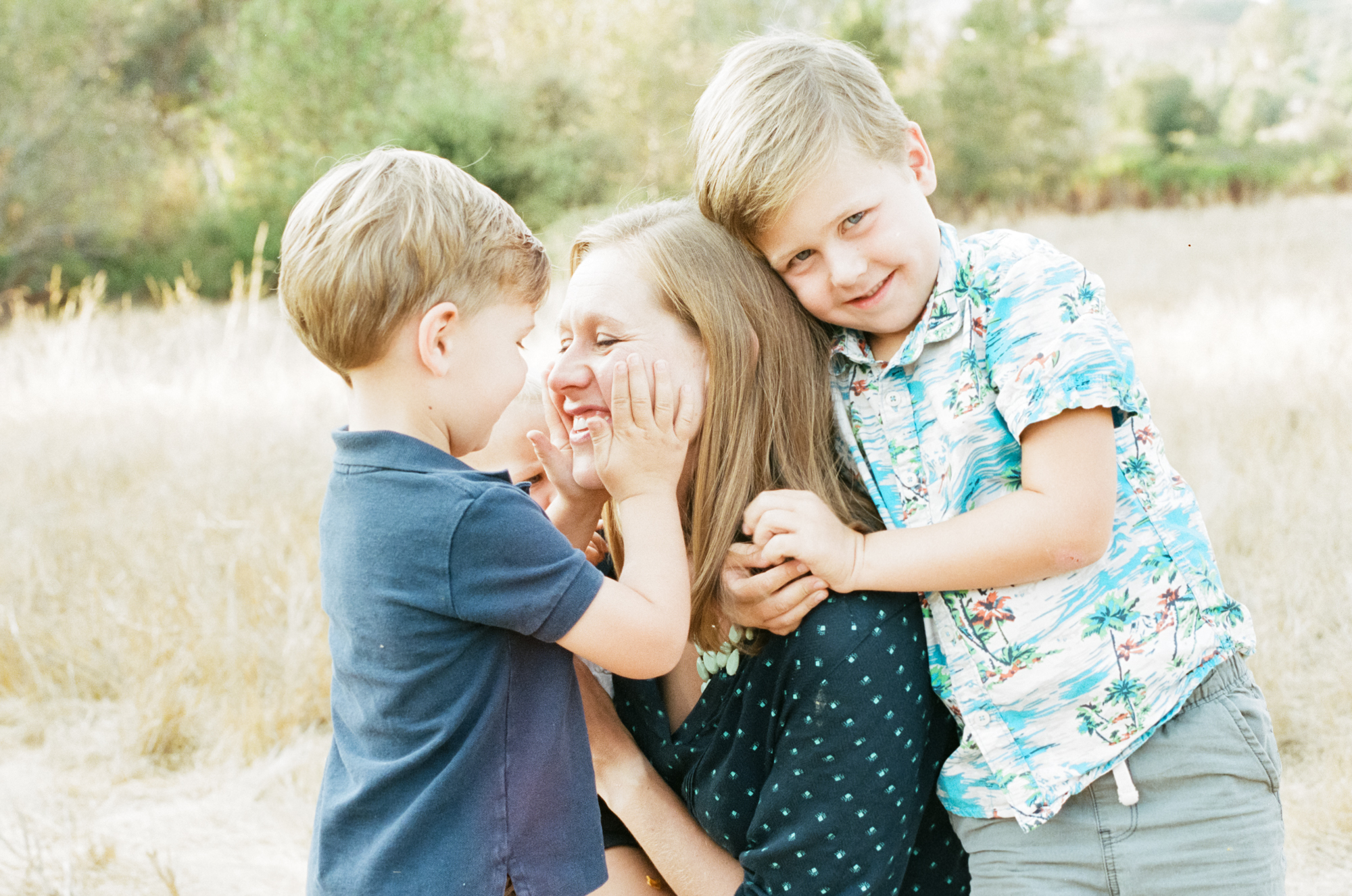 photographer-minneapolis-family-mother-and-sons-amy-berge.jpg