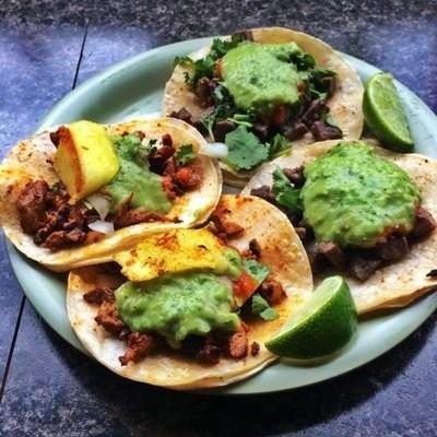 tacos chukis.jpg