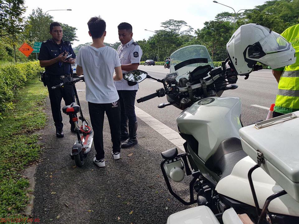 e-scooter expressway caught 261117.jpg