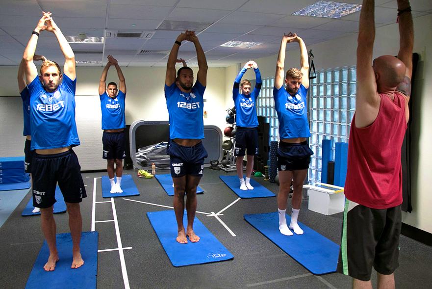 Higher_LCE_Yoga_WBA_01.jpg