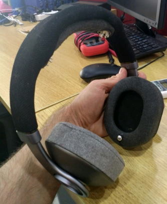 button design, tested on the headphone