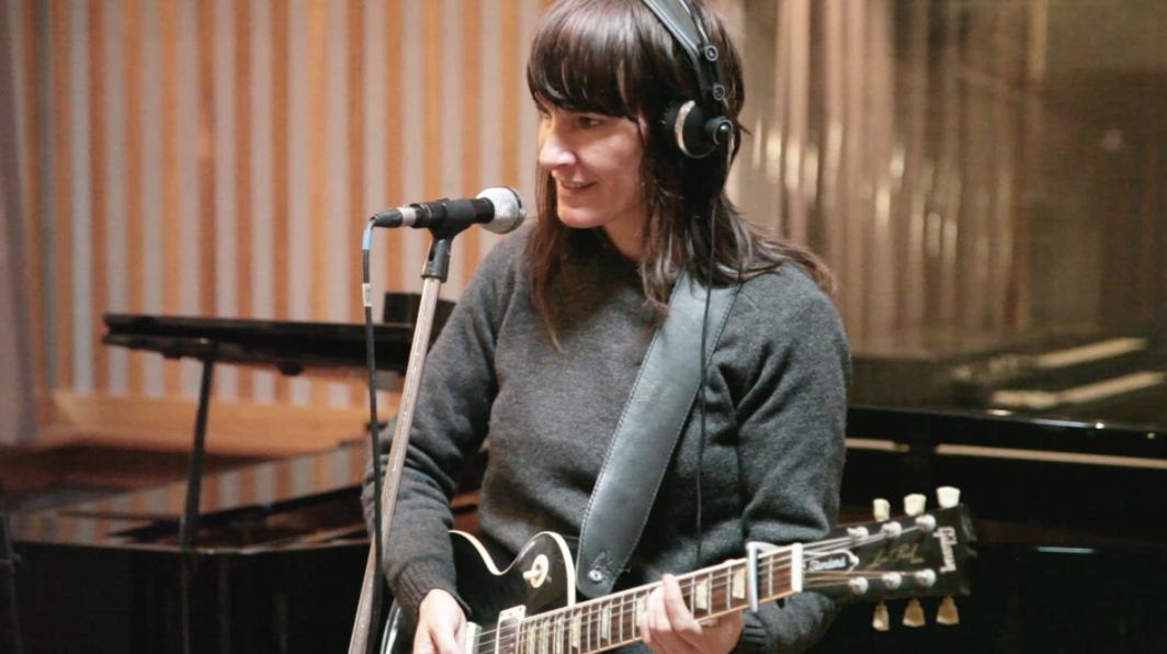 Jen Cloher in studio