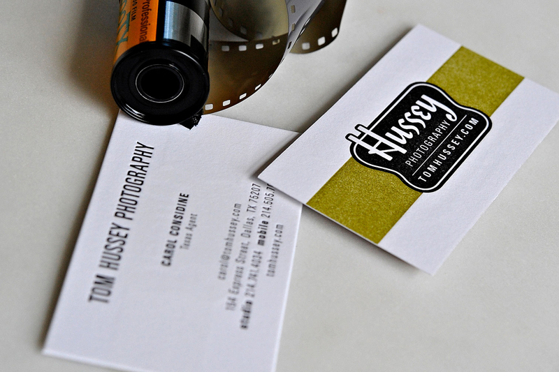 11YozoStudio_HusseyPhotography_BusinessCard.jpg