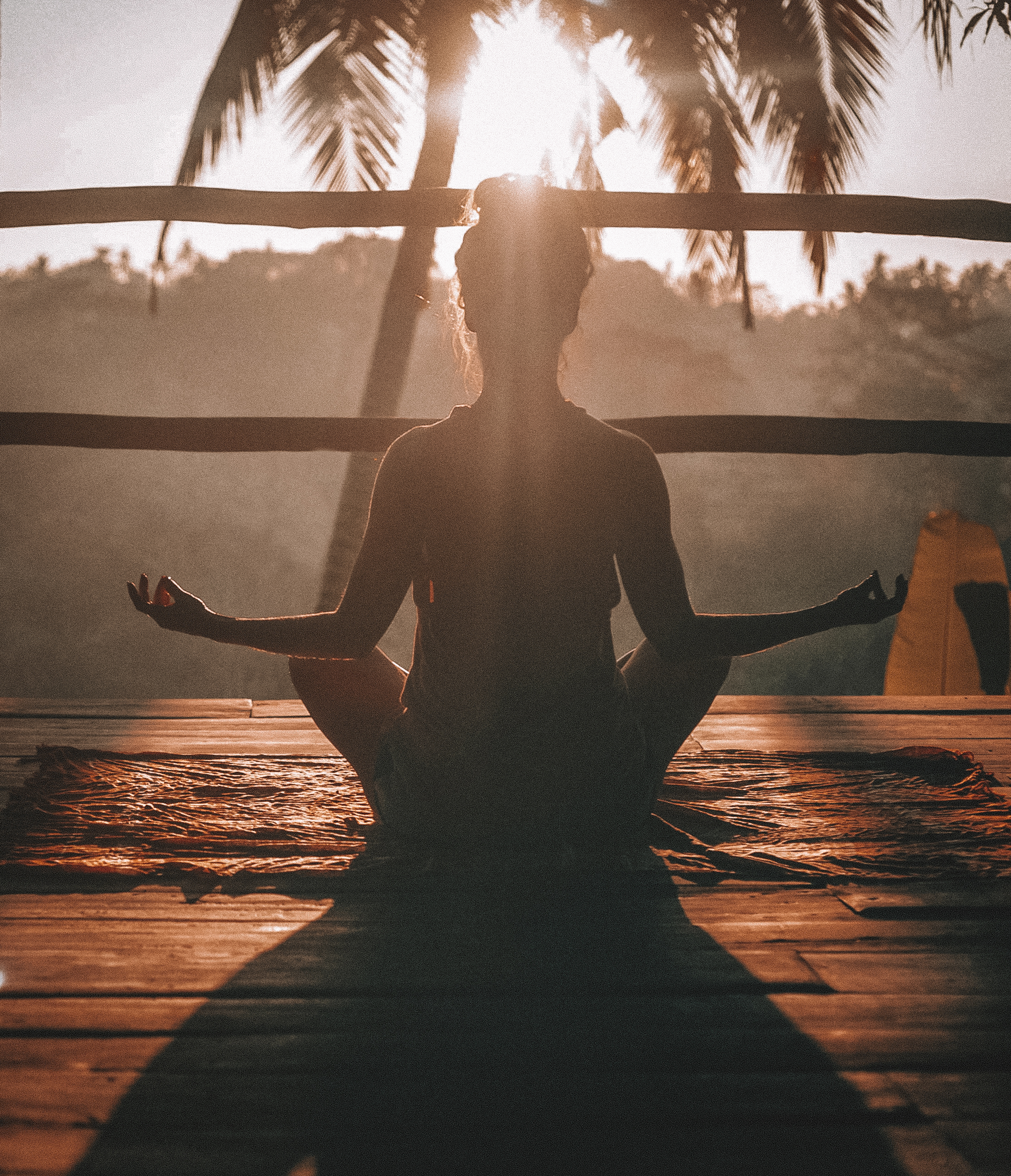 How does one meditate correctly?