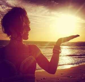 julia-tulsi-bagnoli-interview-yoga-meditating-teacher.jpg