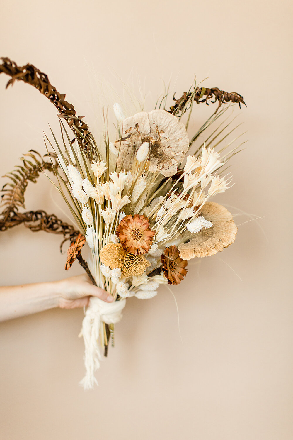 Minimalist Wabi Sabi Inspired Styled Wedding ;  Flowers by Boheme Tipi Events ;  Photography by Cheers Babe