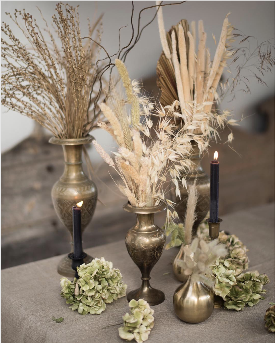 Dried Grasses Tablescape ;  Photography by Mireia Cordomi ;  Styling by Butler & White