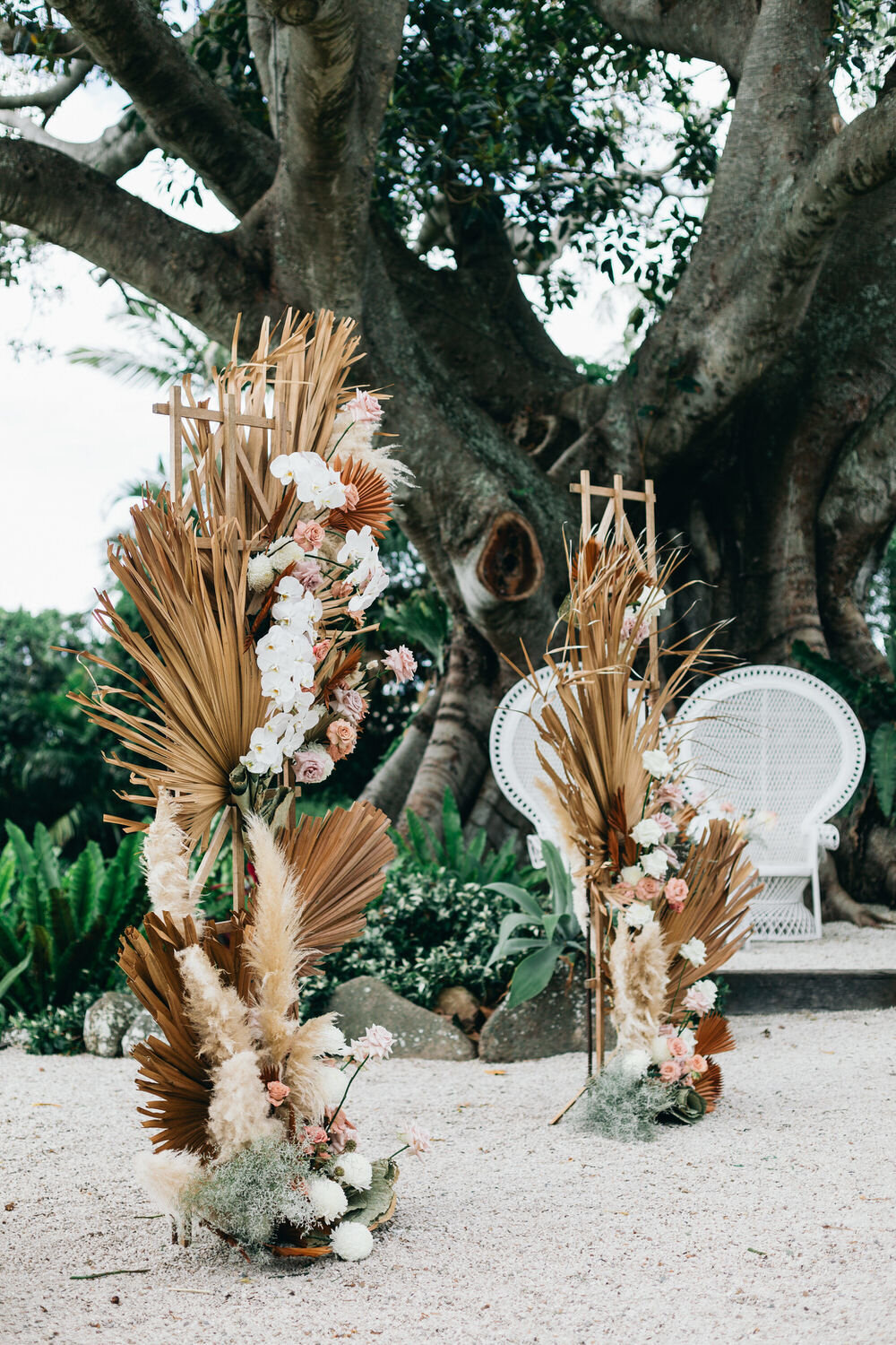 Chic Byron Bay Wedding with Dried Botanicals from Ruffled