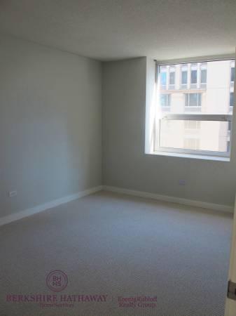 Vacant Bedroom 2.jpg