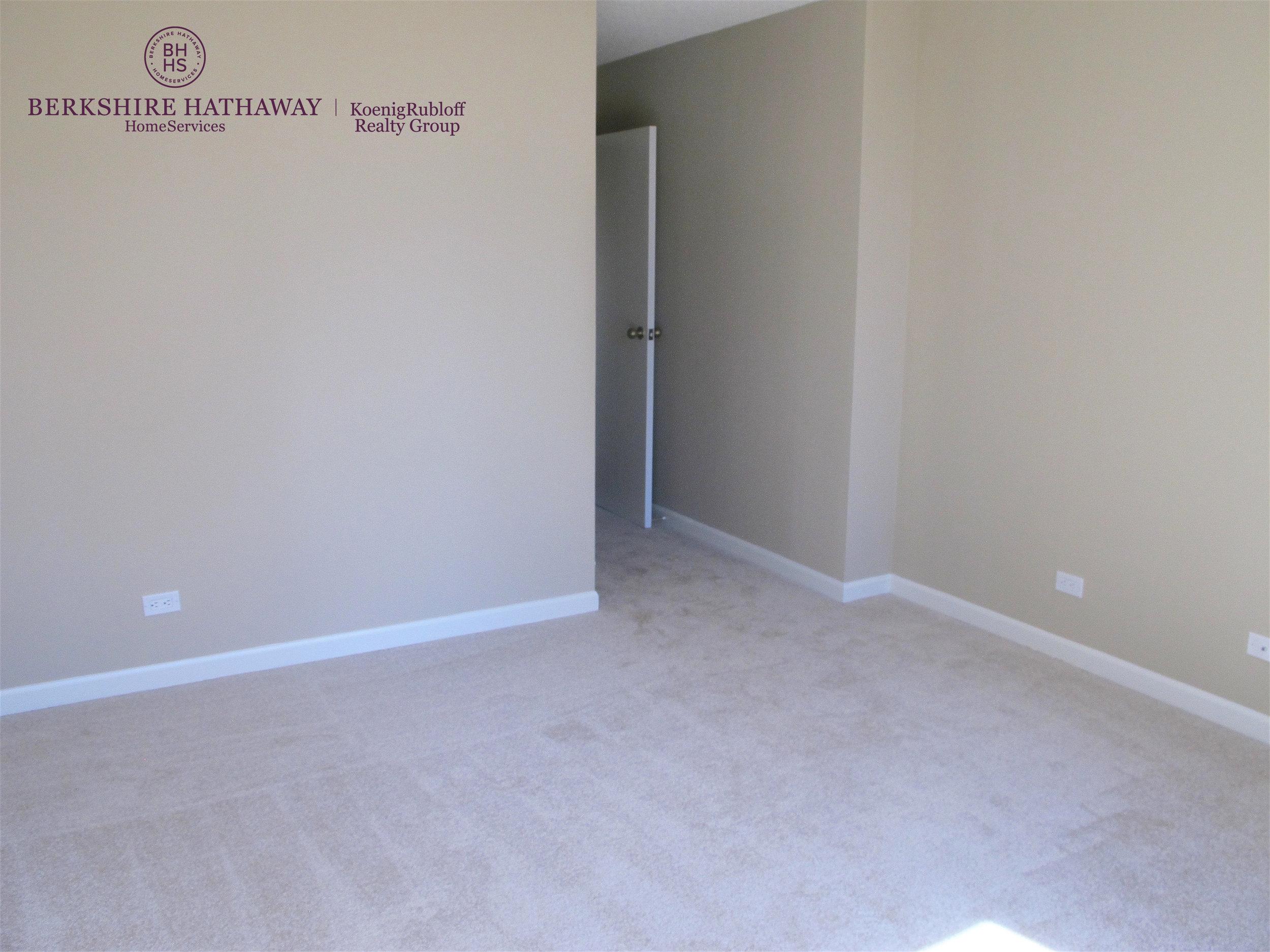 Bedroom Carpet 3.jpg