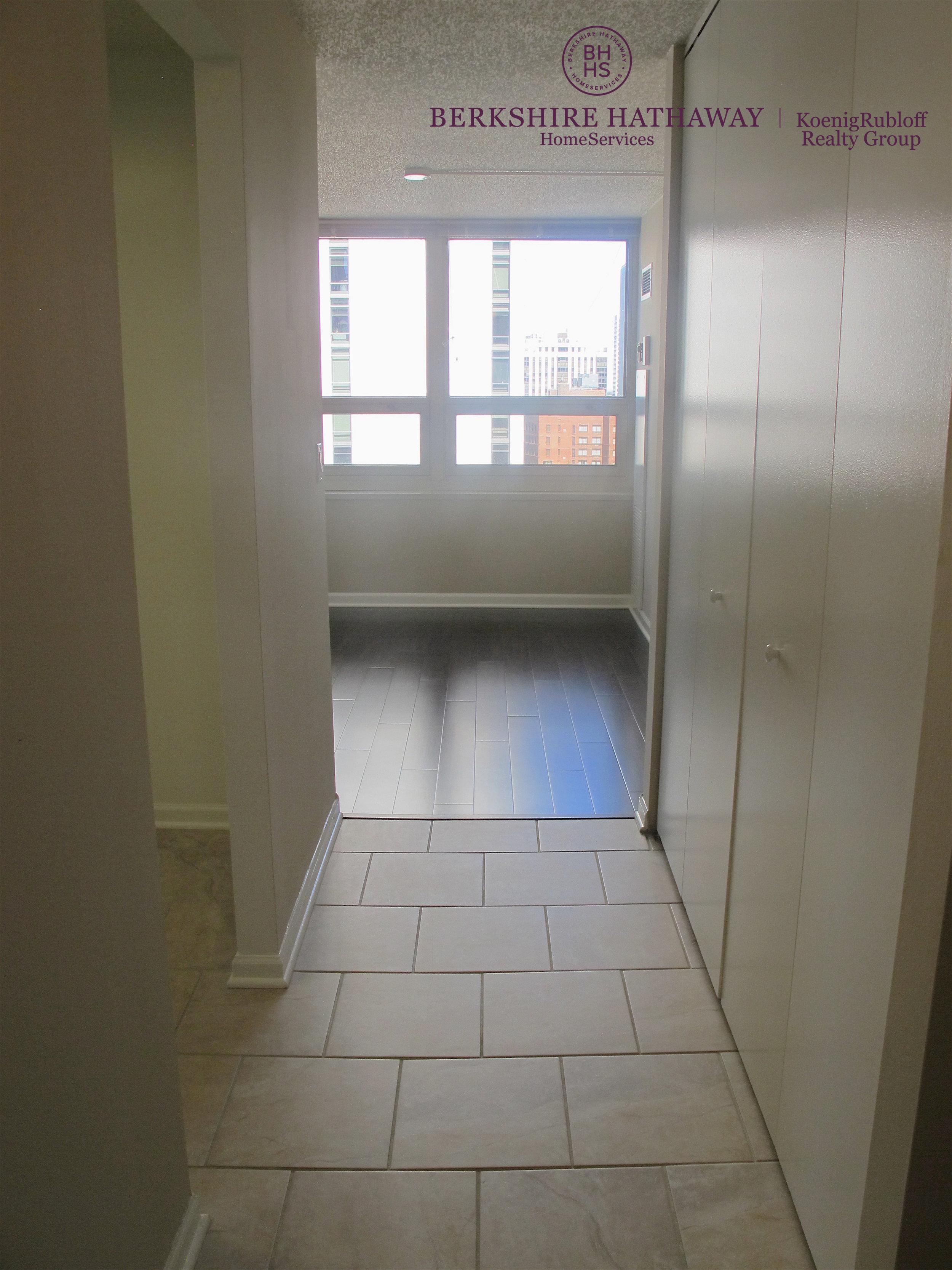Walkway - Hardwood Floors.jpg