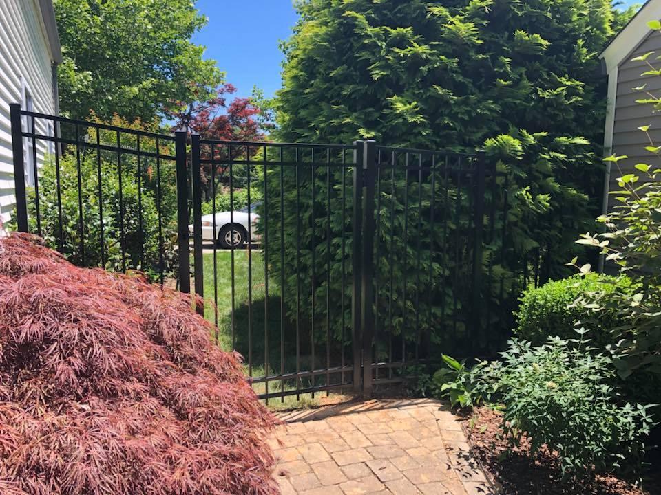 Landmark Fence alum2.jpg