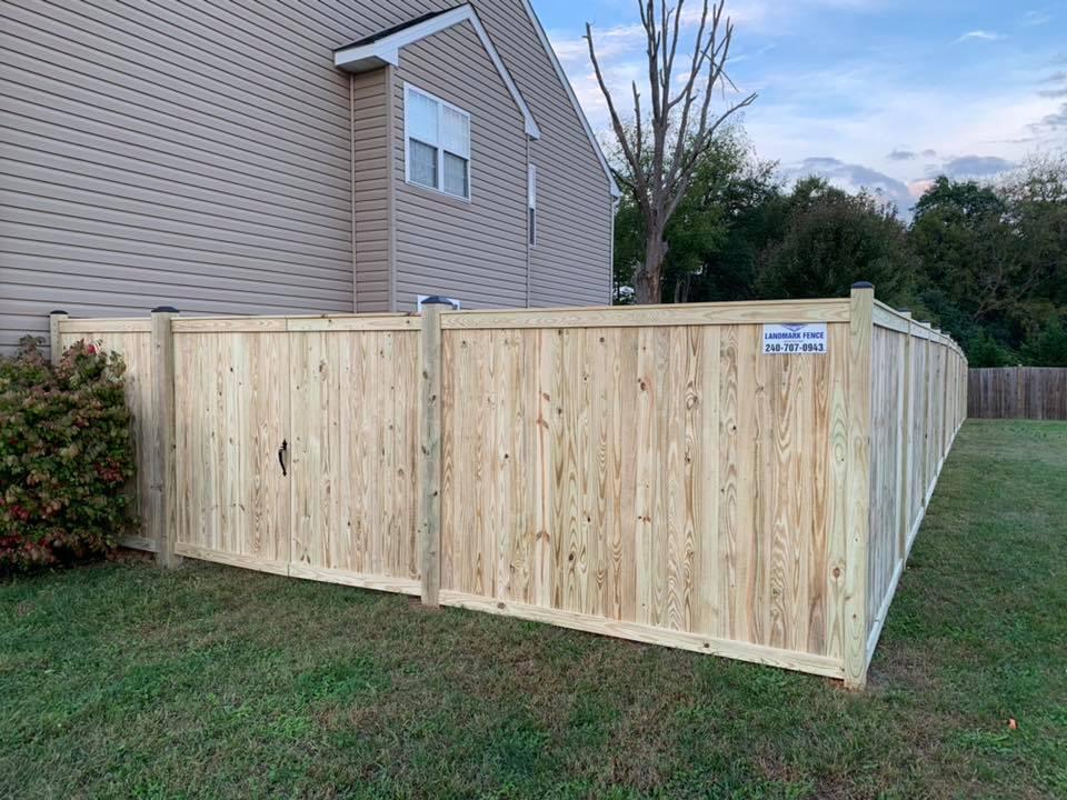 Landmark Fence bo3.jpg